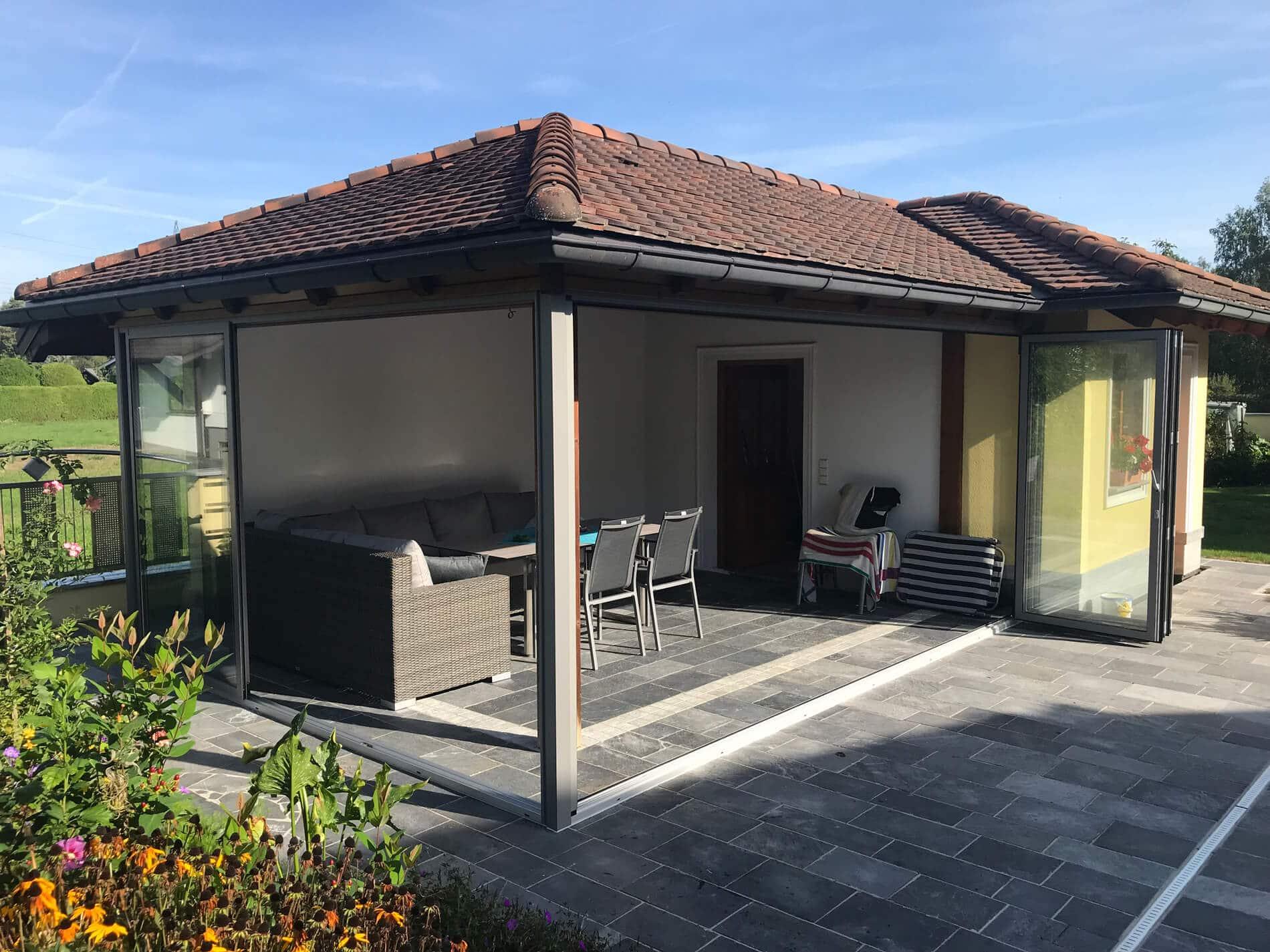 Aluminium Faltsystem für Außenbereich