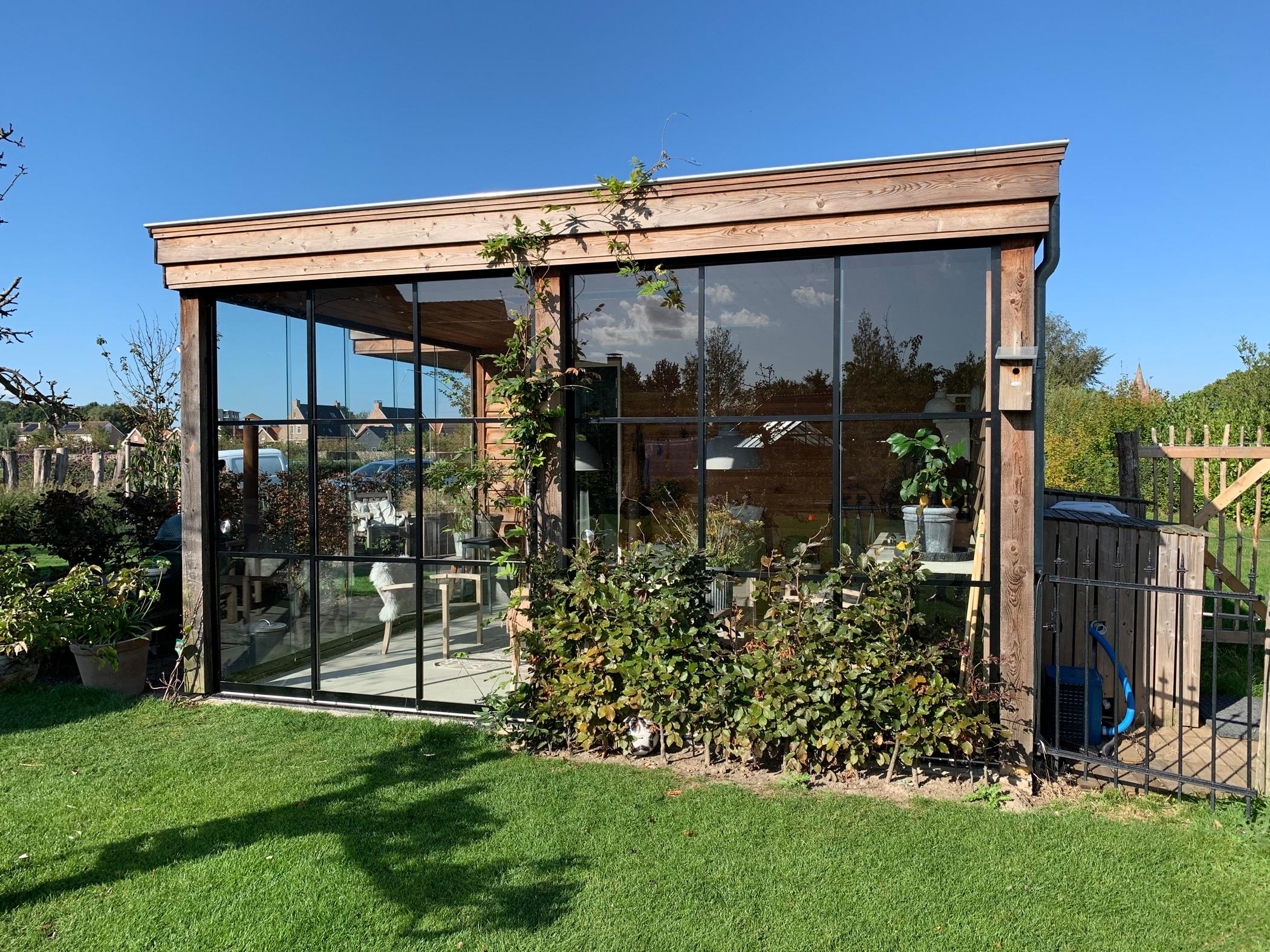 Außergewöhnliche Gartenhäuser mit Schiebetüren