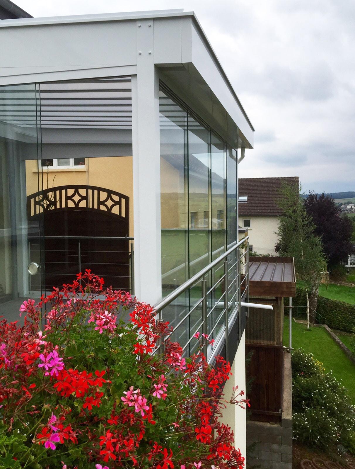 Balkon Terrassenverglasung passgenau OÖ