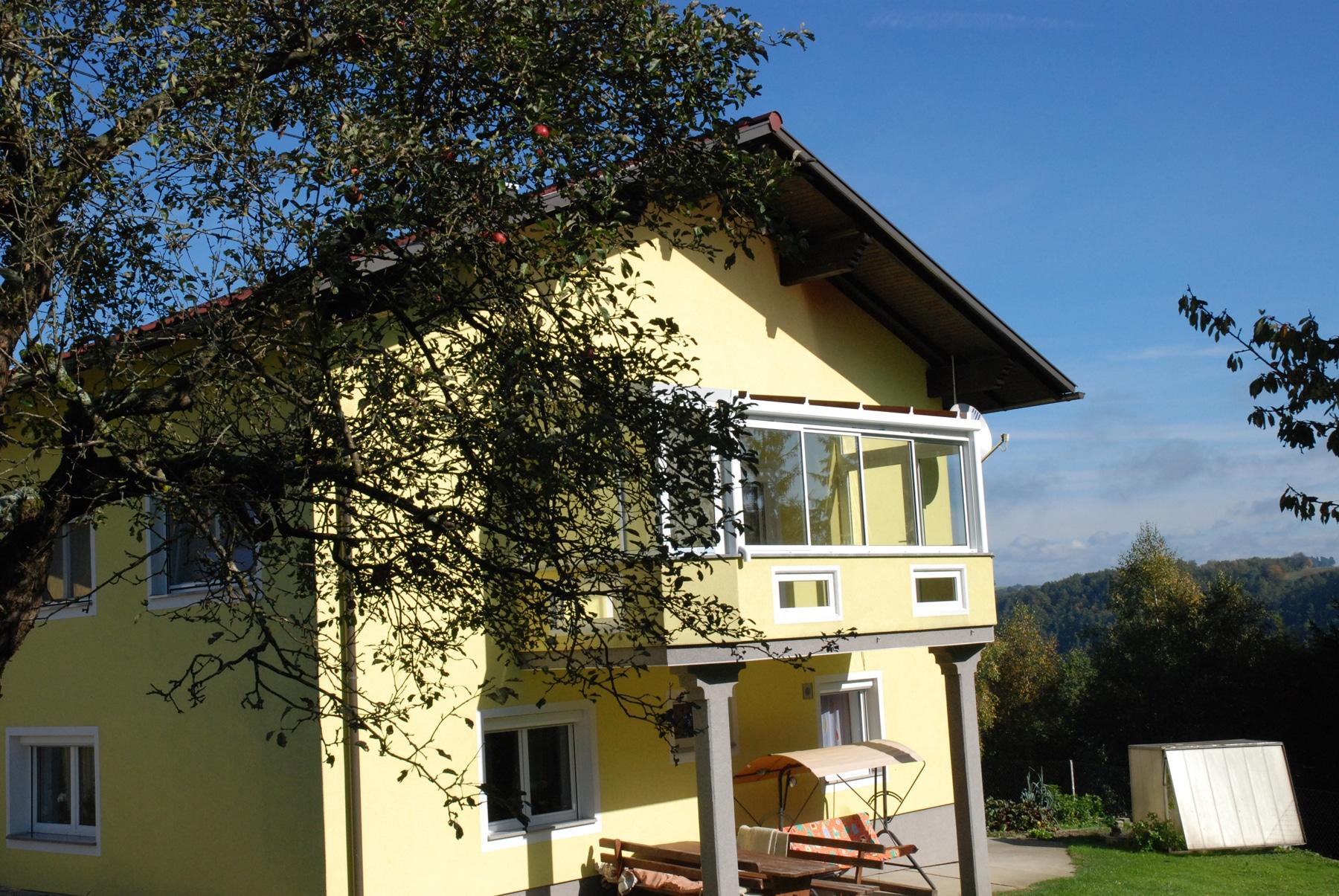 Balkon zum Wintergarten machen