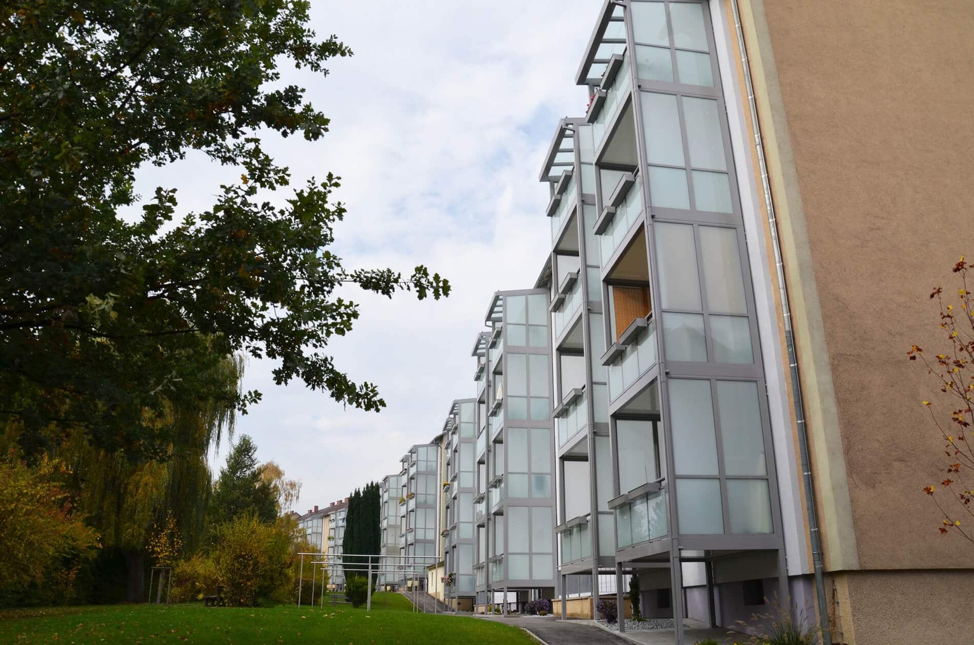 Balkonverbau Alu und Glas