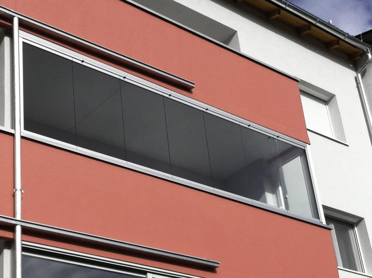 Balkonverbau mit Schiebe-Falt-System
