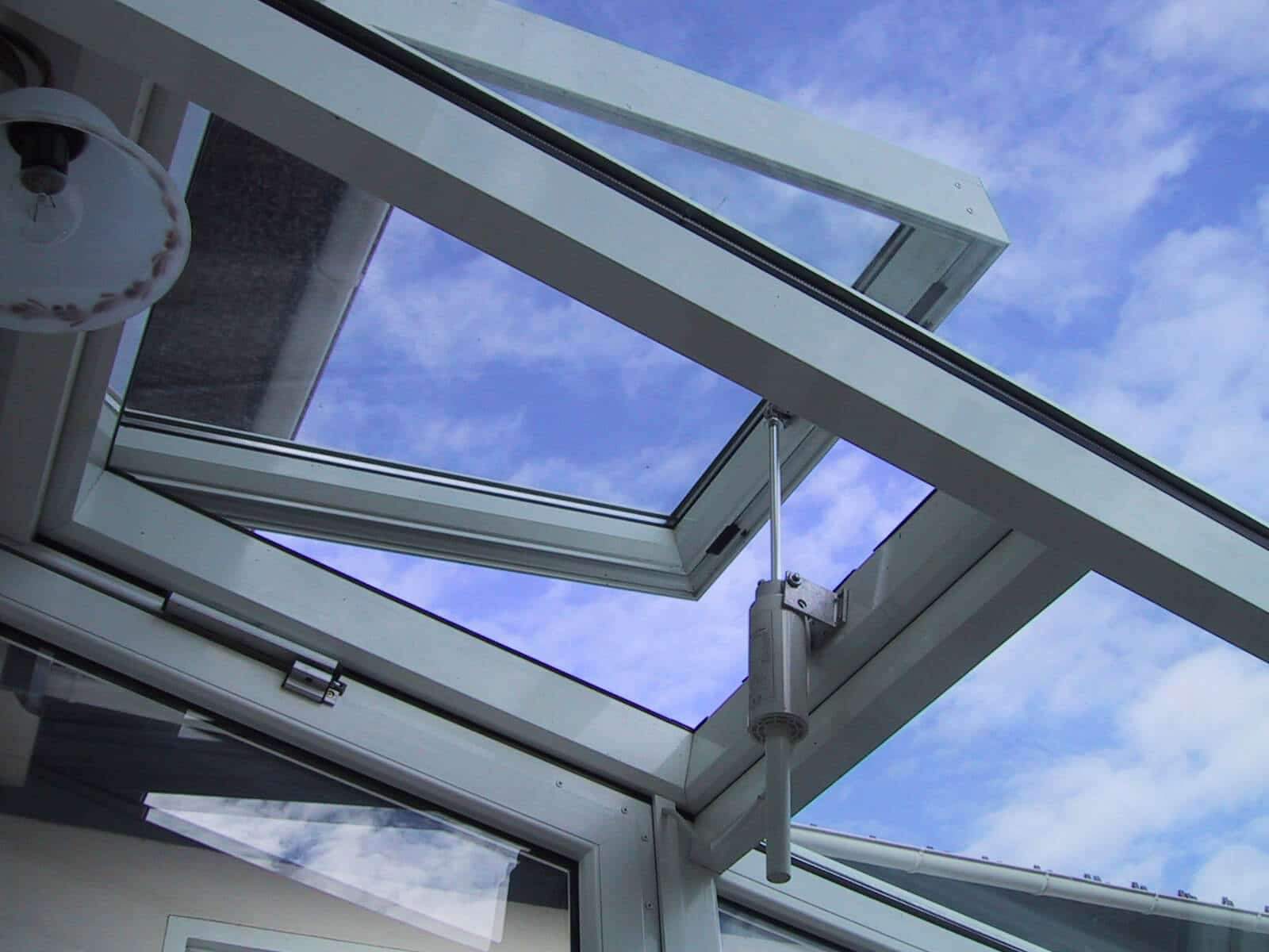 Belüftung Wintergarten Dach