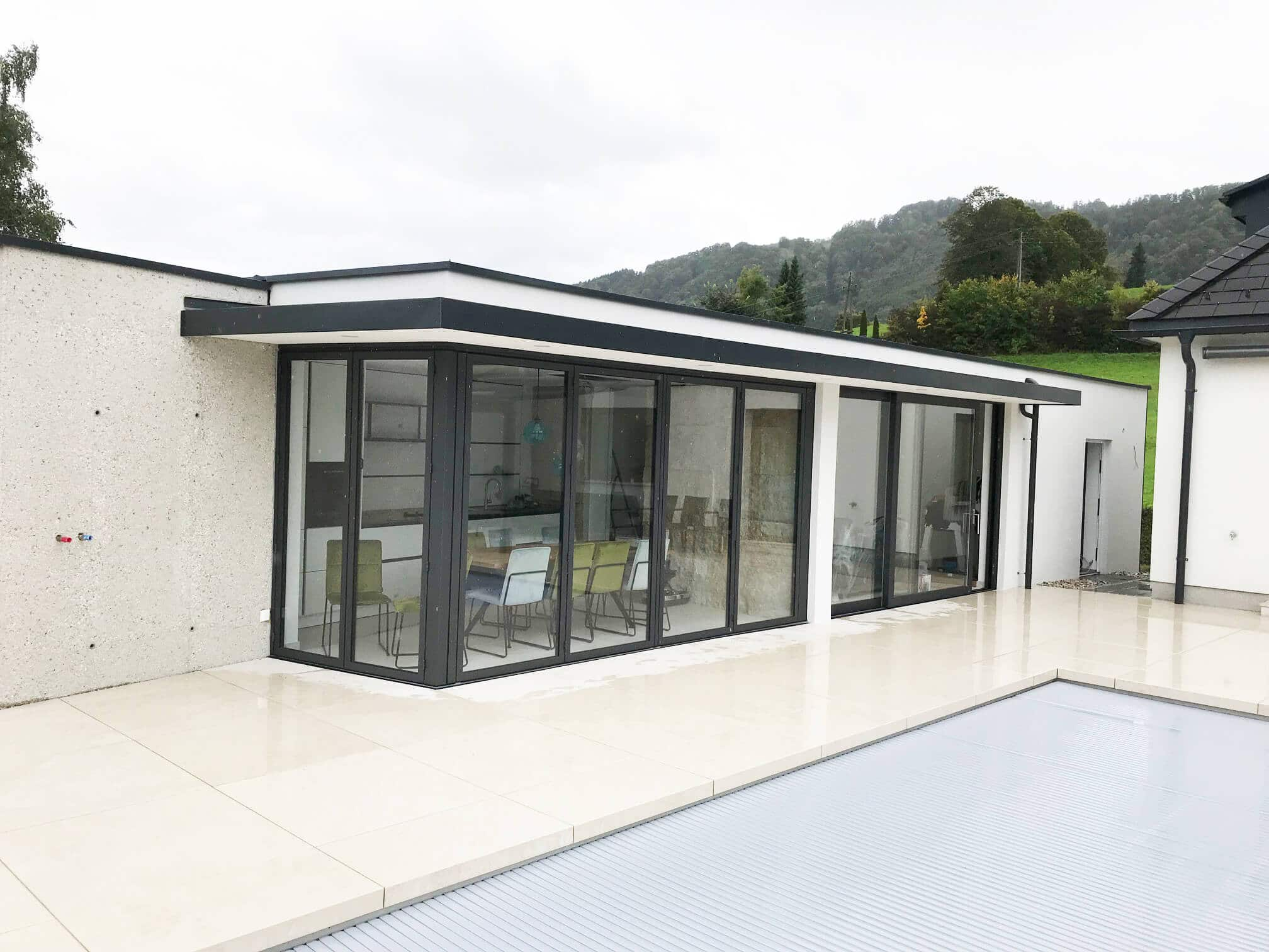 Faltschiebetür Terrasse Aluminium in grau