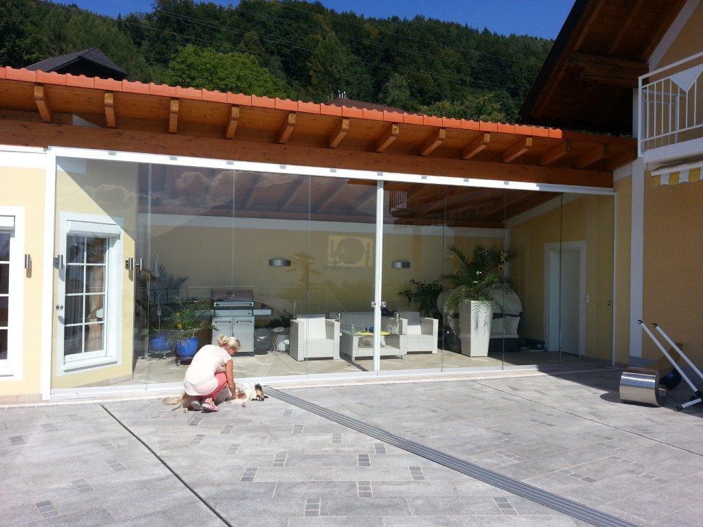 faltschiebet ren glas schaffen sie sich urlaubsfeeling auf ihrer terrasse. Black Bedroom Furniture Sets. Home Design Ideas