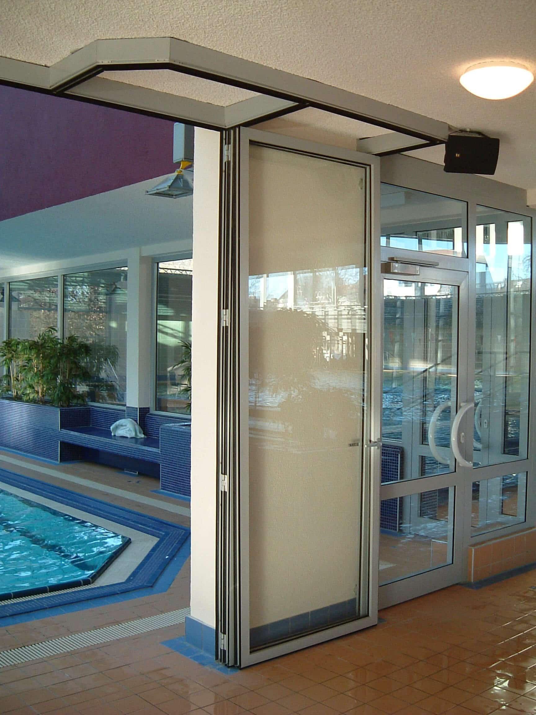 Faltwände H-S-W für Schwimmbad