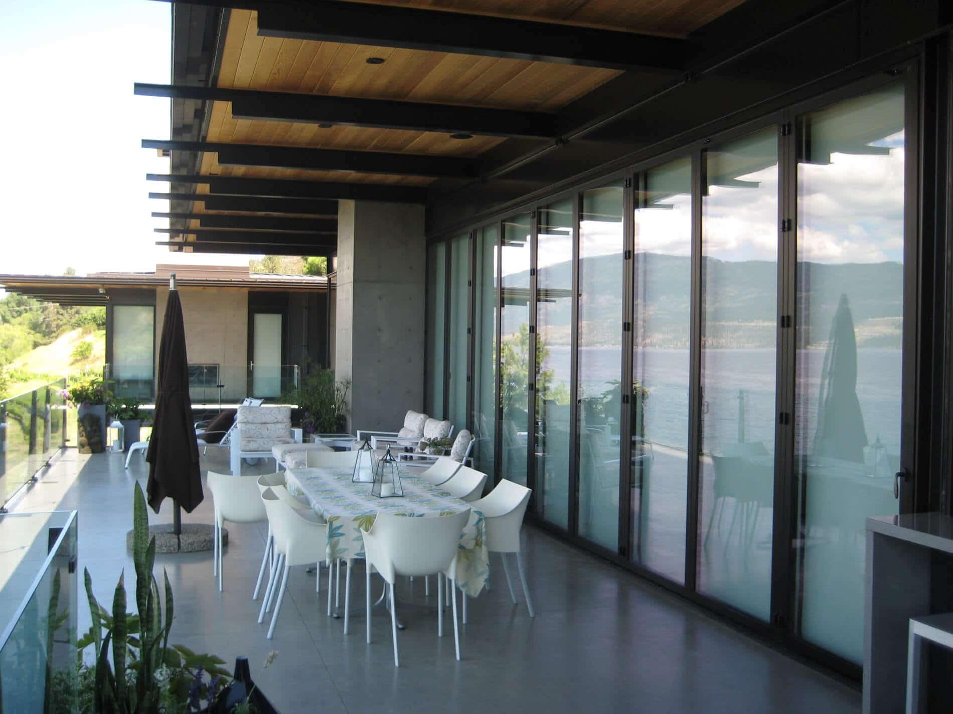Faltwand Aluminium braun mit Glas für Terrasse