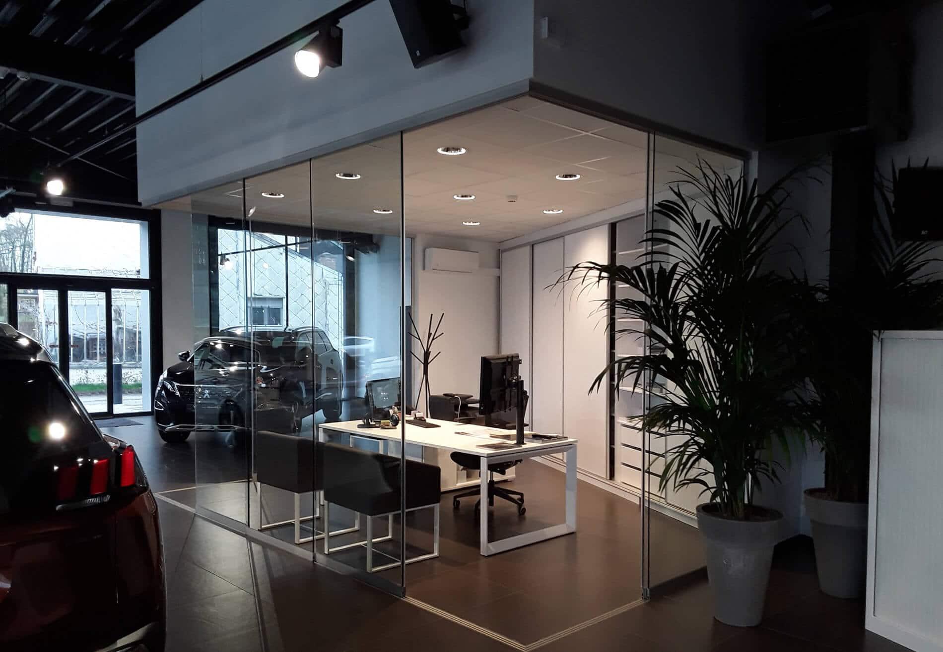 Flexible Schiebetüren für Büro / Autohaus