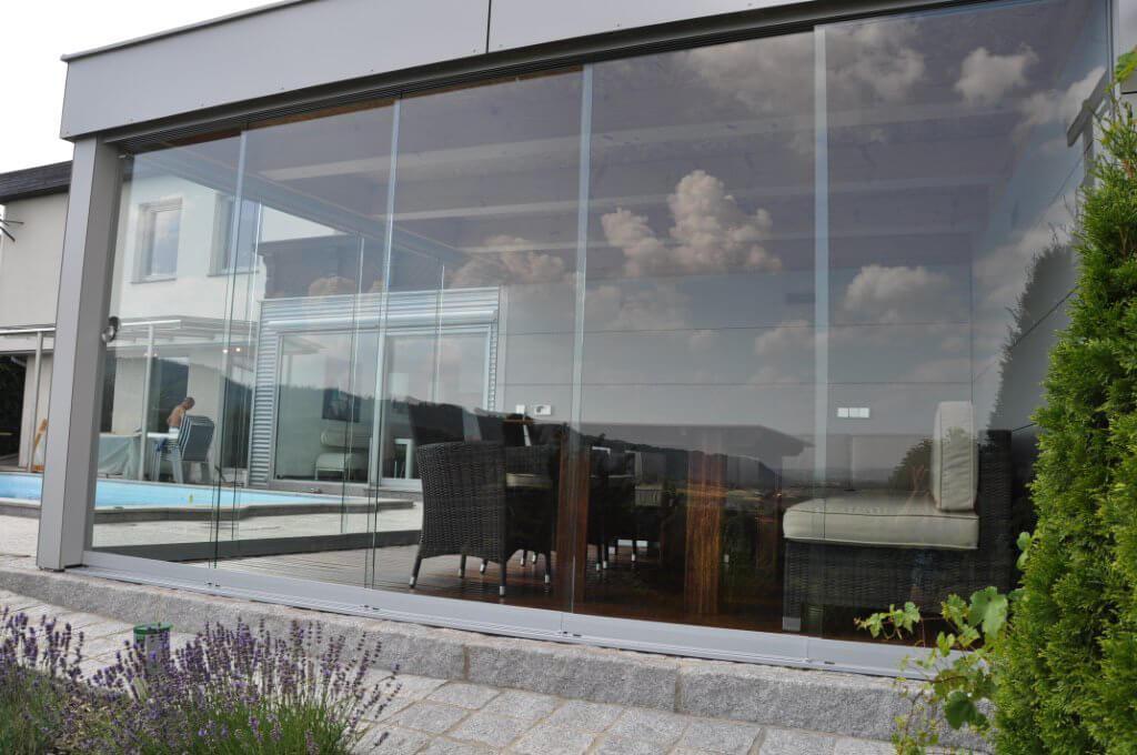 Flexible Schiebetürsysteme Terrasse aus Glas