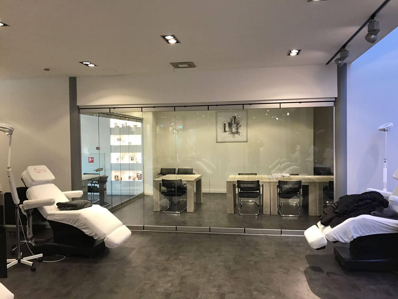 Ganzglas Schiebedreh-Anlagen Sunflex - Rauminnenabtrennung