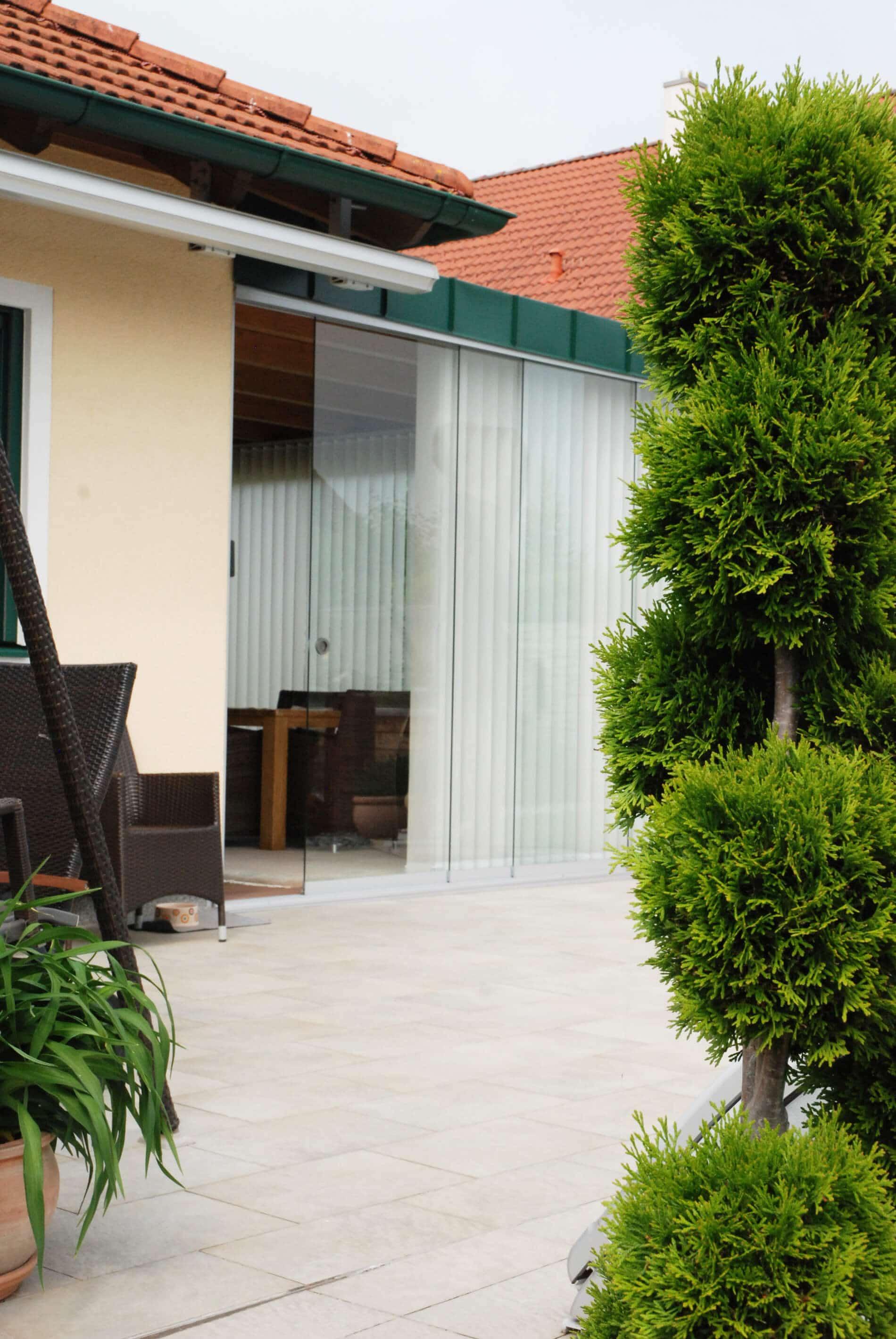 Ganzglas-Schiebetüren für Holz-Aluminium Wintergarten