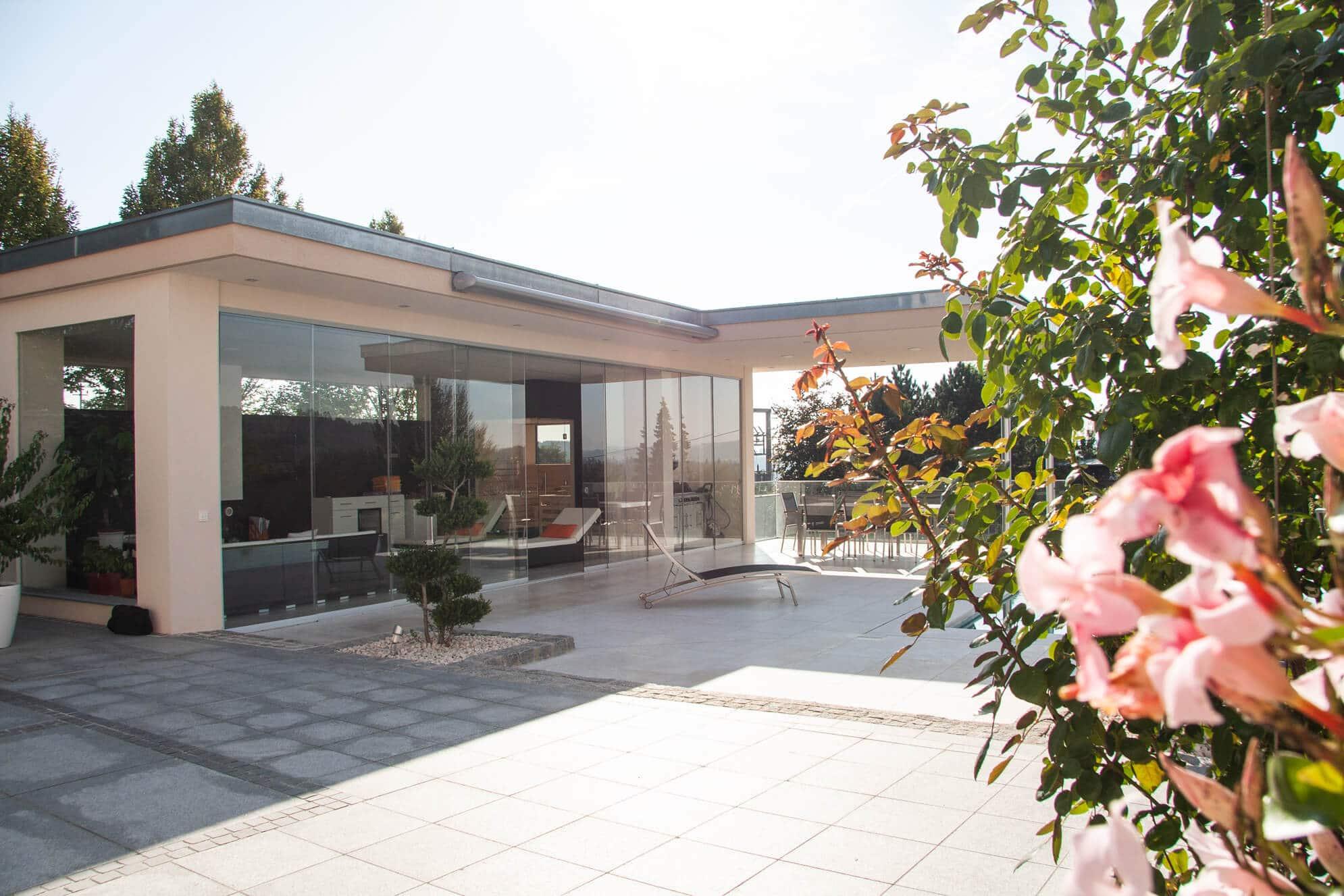 Ganzglassysteme für Terrassen