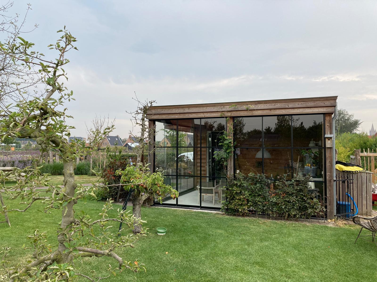 Gartenhaus mit Schiebetüre Flachdach