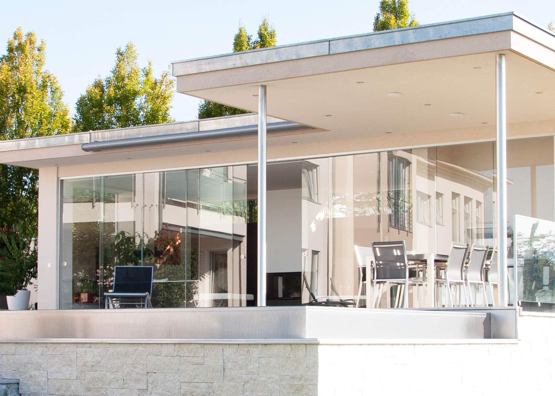 Gartenhaus modern Kubus mit Glasschiebeelementen