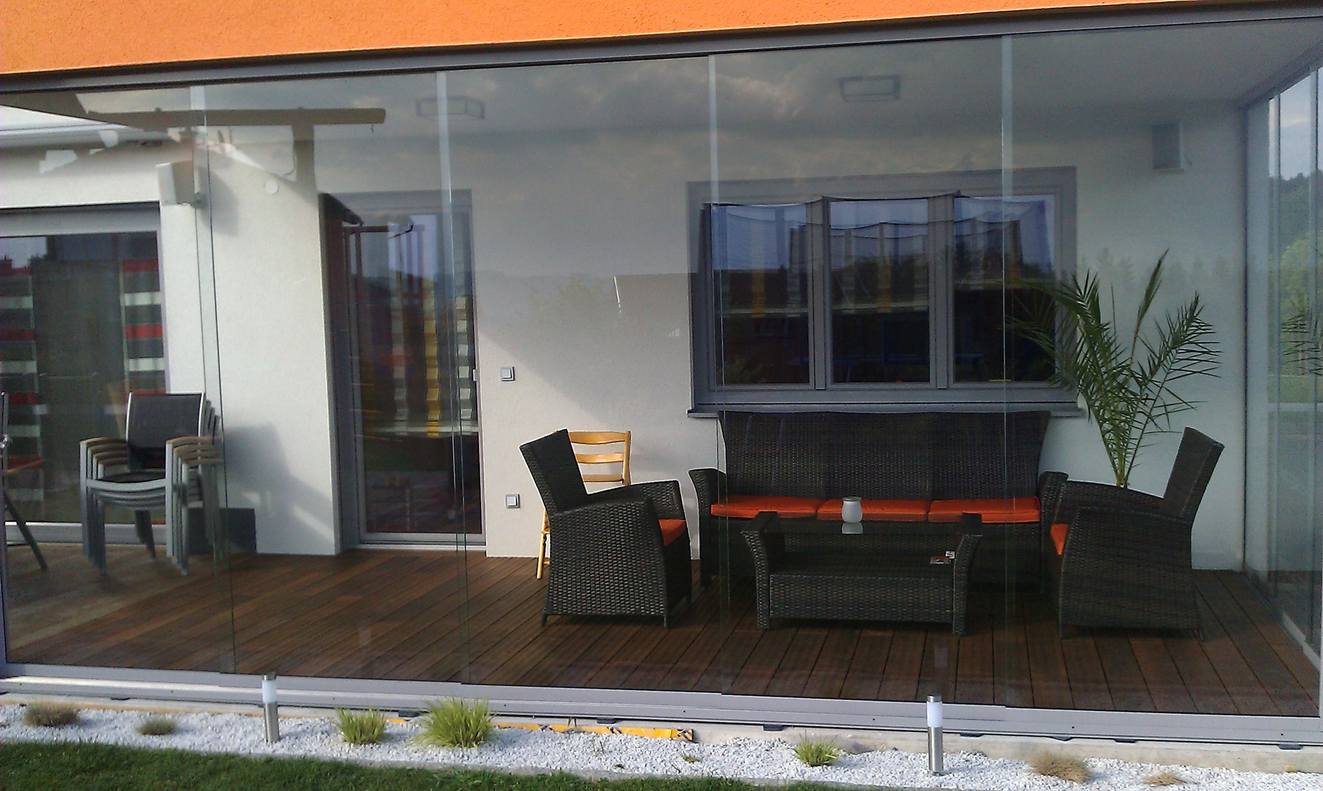 glas faltwand terrasse with glas faltwand. Black Bedroom Furniture Sets. Home Design Ideas