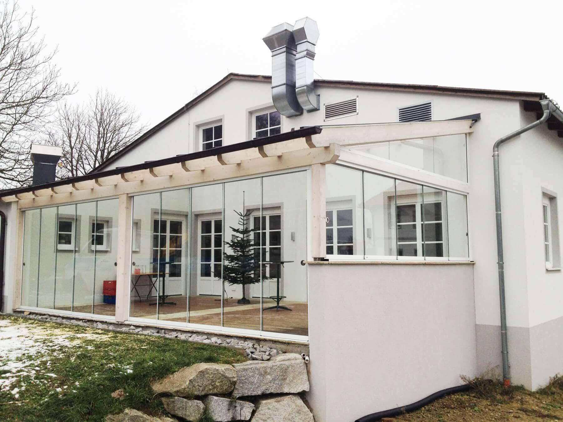 Glas Wintergarten mit Schiebesystem
