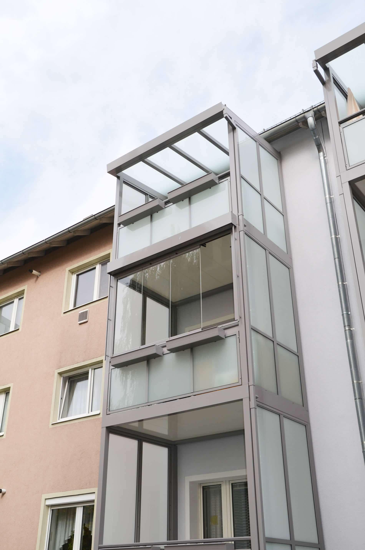 Glaselemente für Balkon