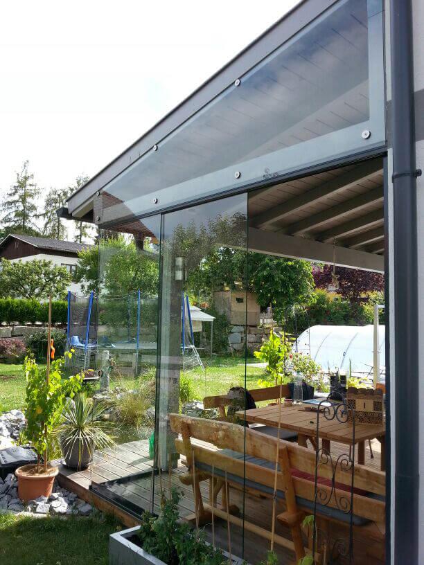 Glasschiebetüren für Sommerküche