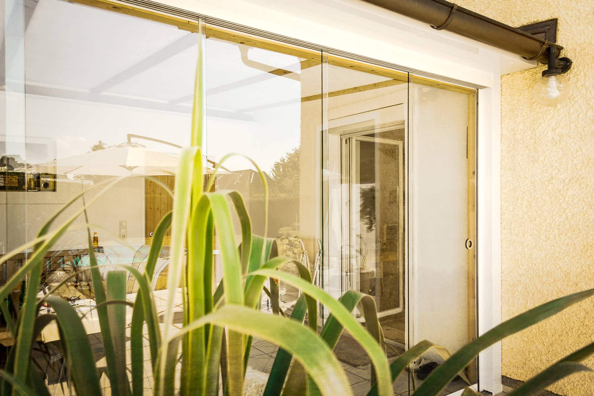 Glasschiebewand außen für Terrassenverbau