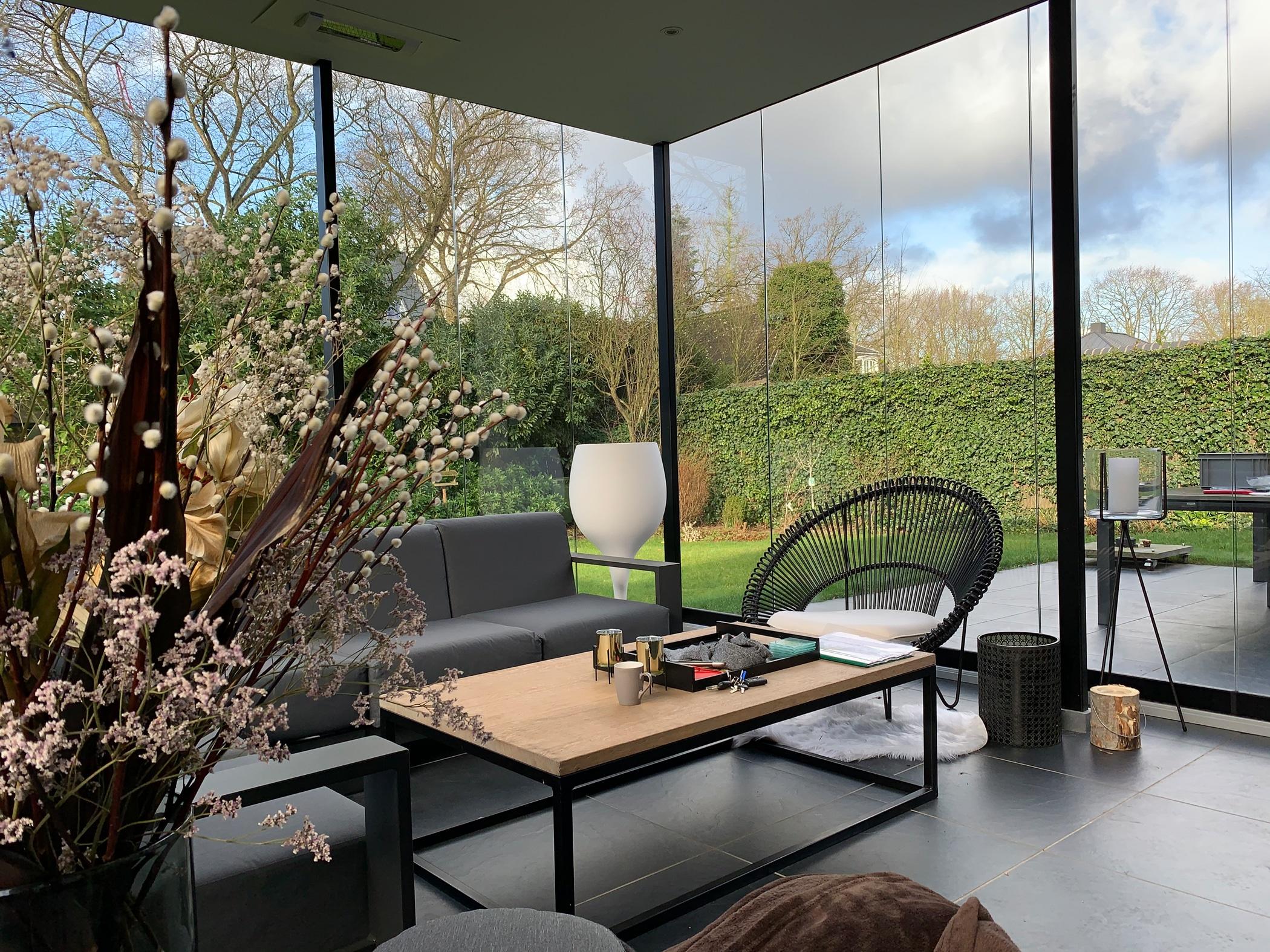 Glasschiebewand für Terrasse auf Maß