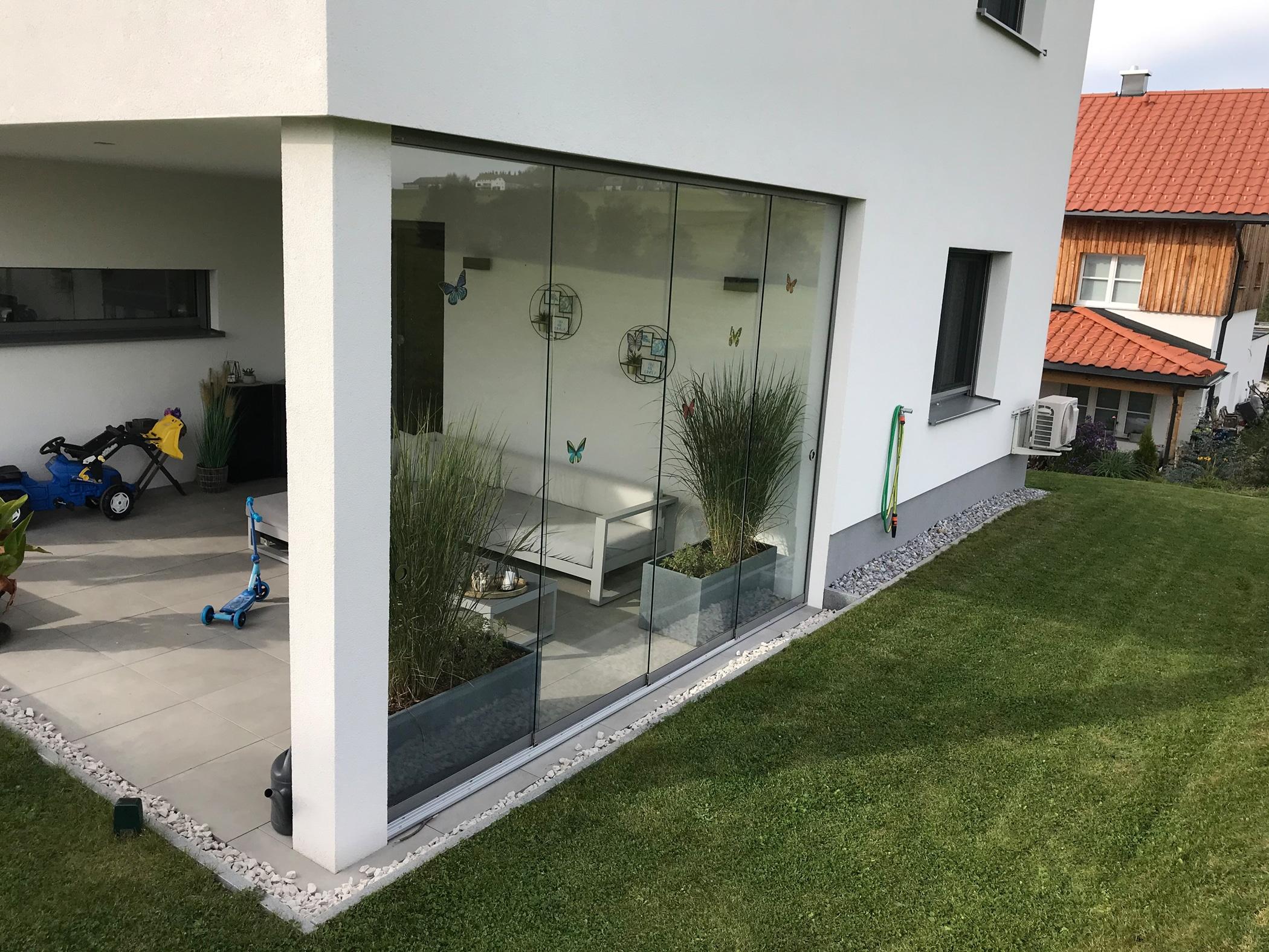 Glasschiebewand Windschutz nachrüsten