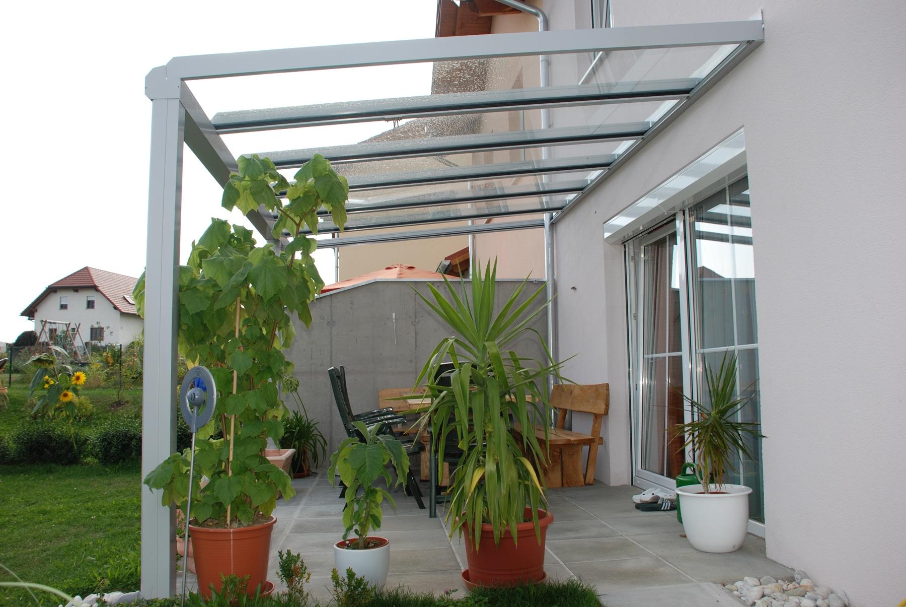 Glasüberdachter Bereich Terrasse