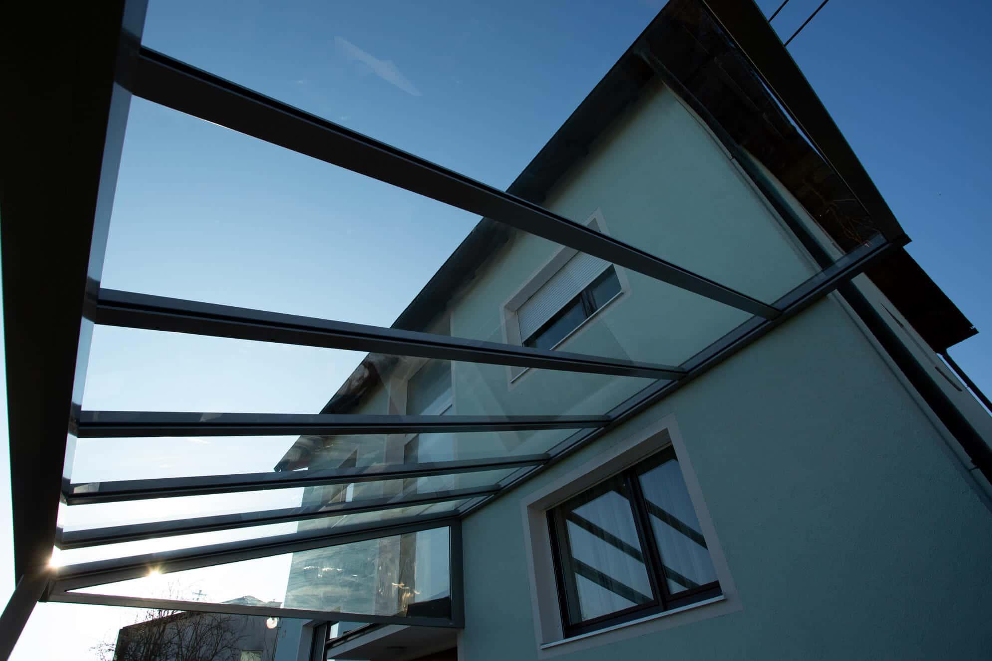 Glasüberdachung Pultdach