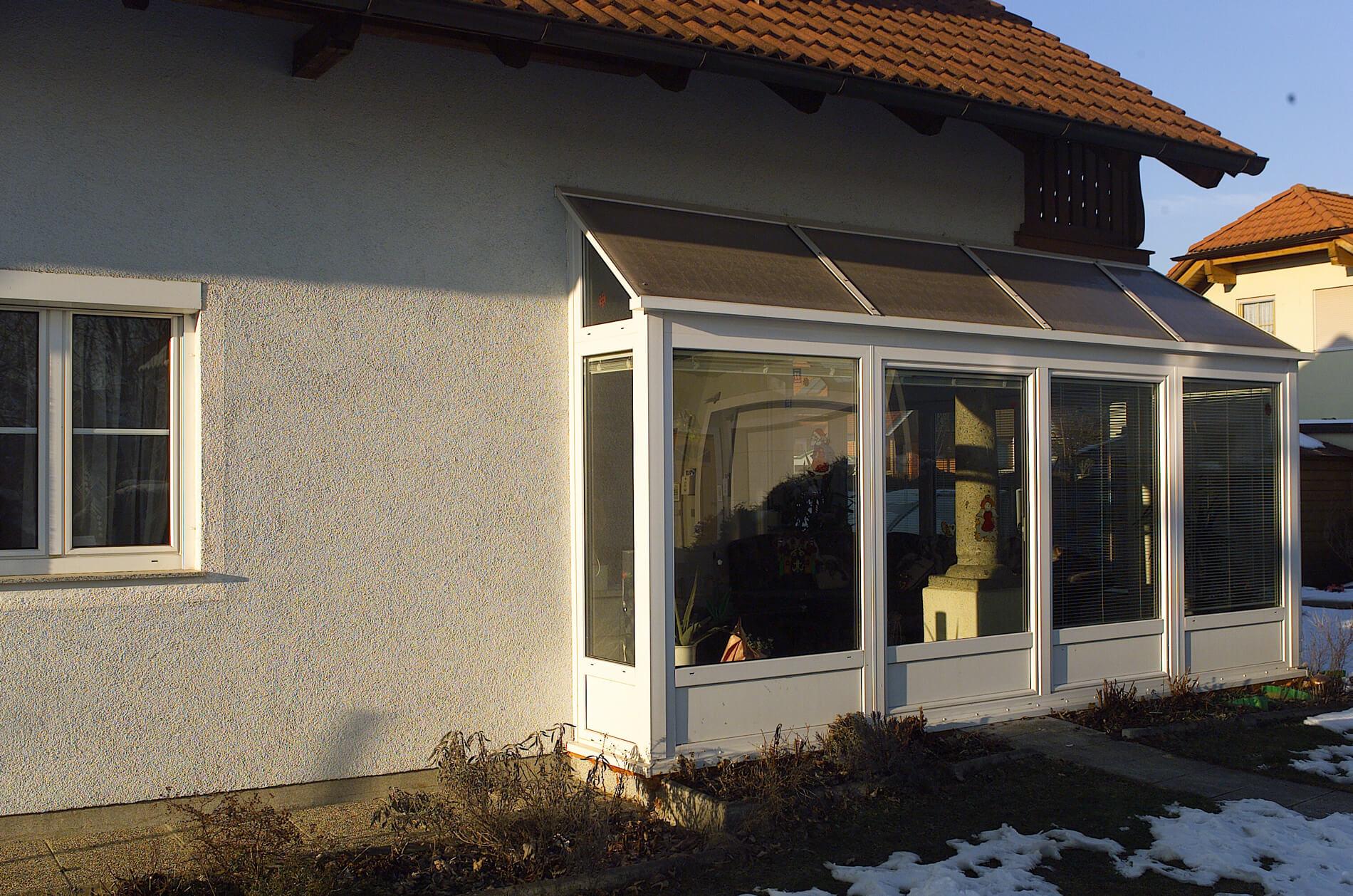 wintergarten mit pultdach konstruktion f r einfamilienhaus. Black Bedroom Furniture Sets. Home Design Ideas