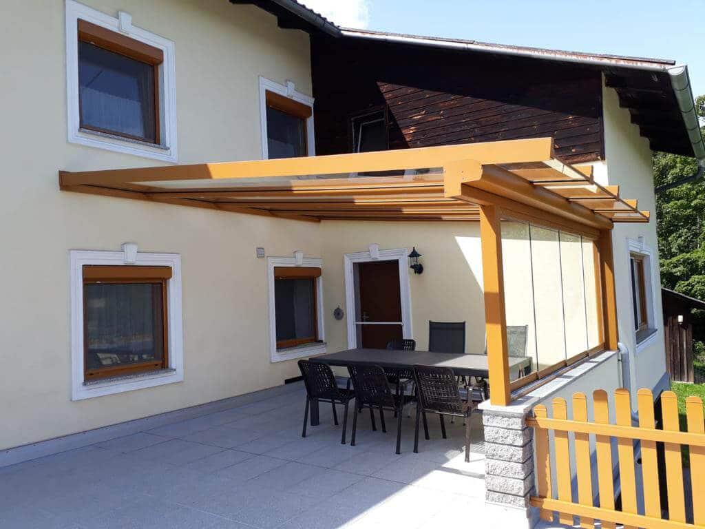 Neue Glasüberdachung mit Schiebewand Sunflex