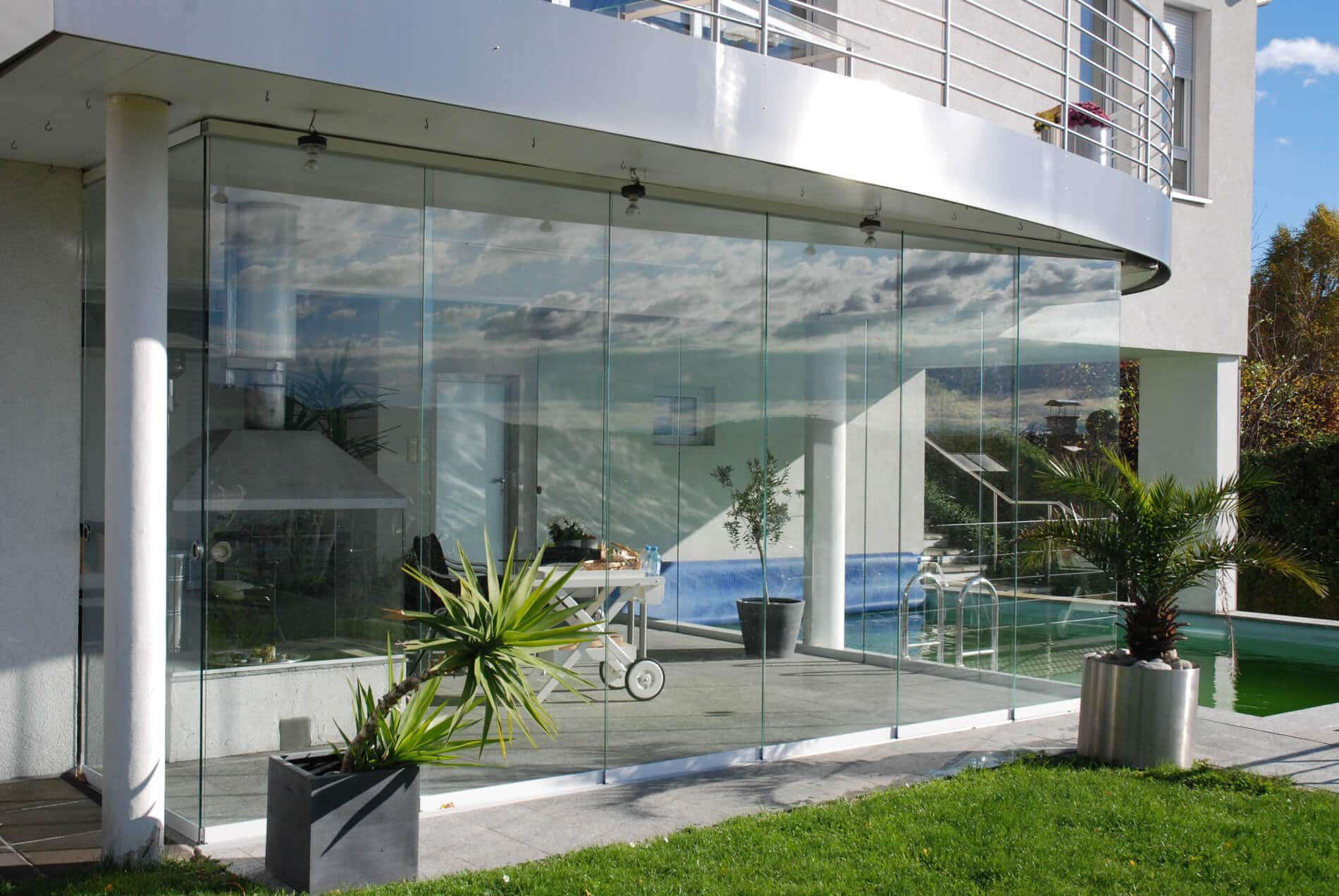terrasse mit glasschiebet r schlie en wintergarten schmidinger. Black Bedroom Furniture Sets. Home Design Ideas
