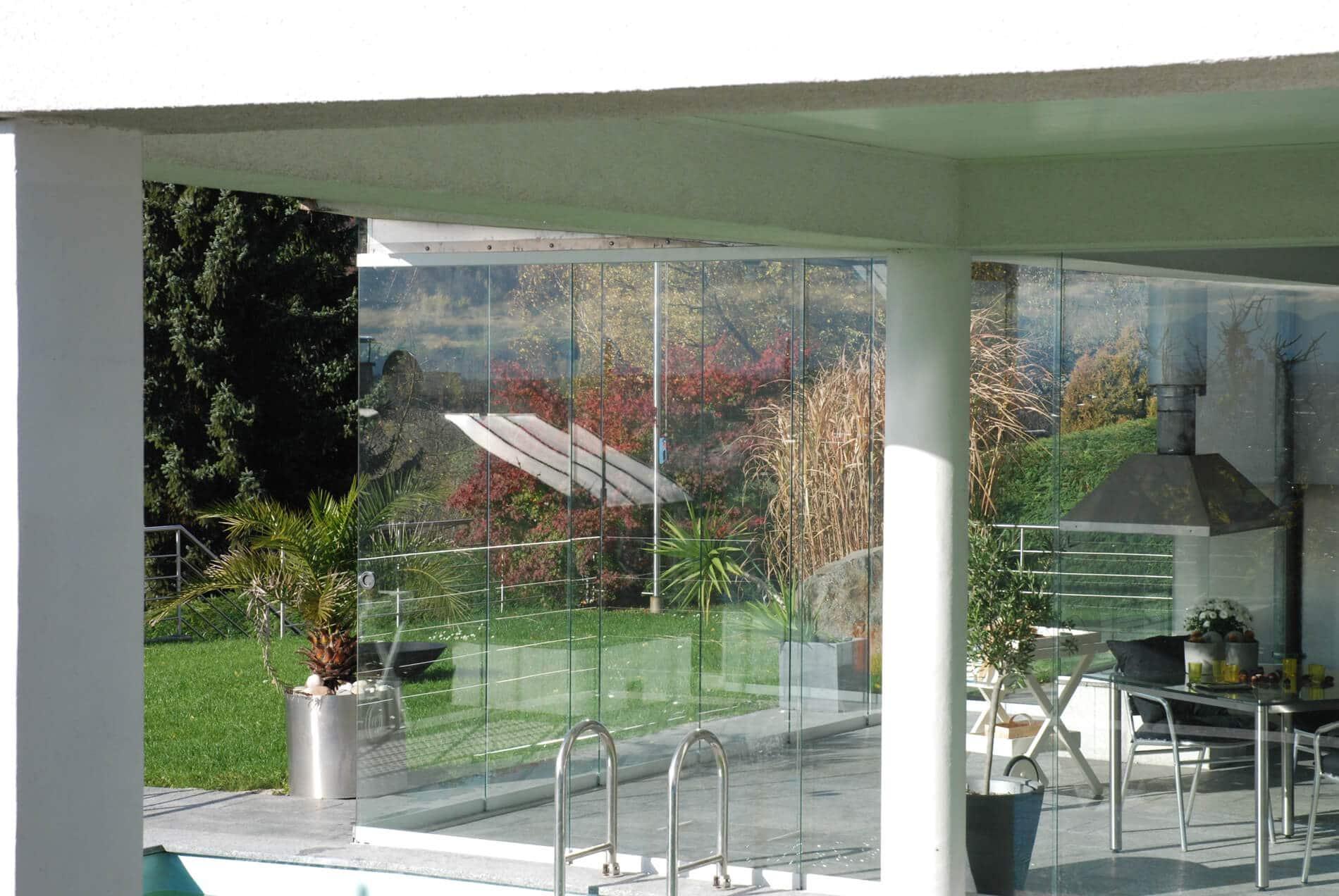 Poolhaus Glas