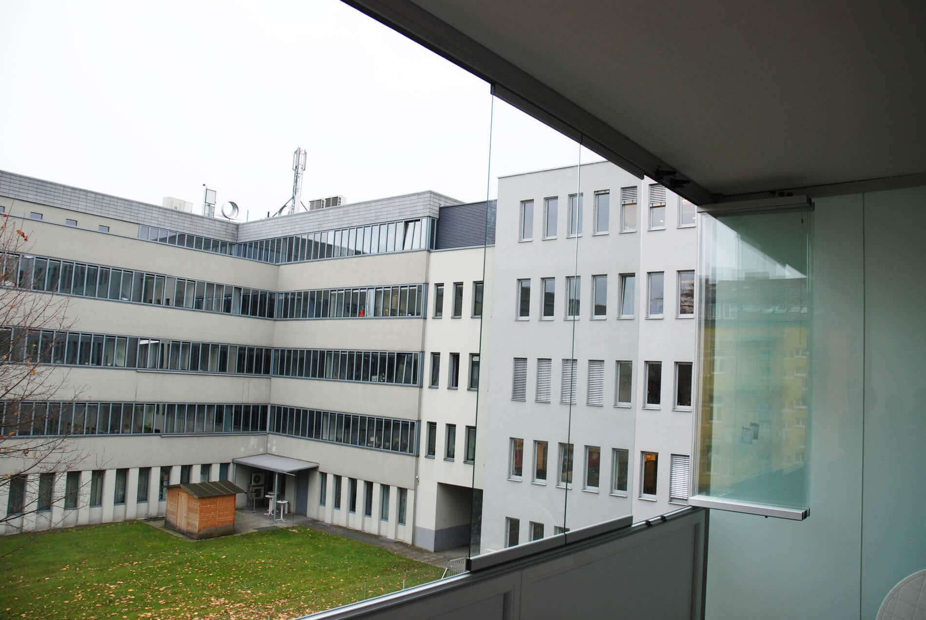 Regenschutz Balkon transparent