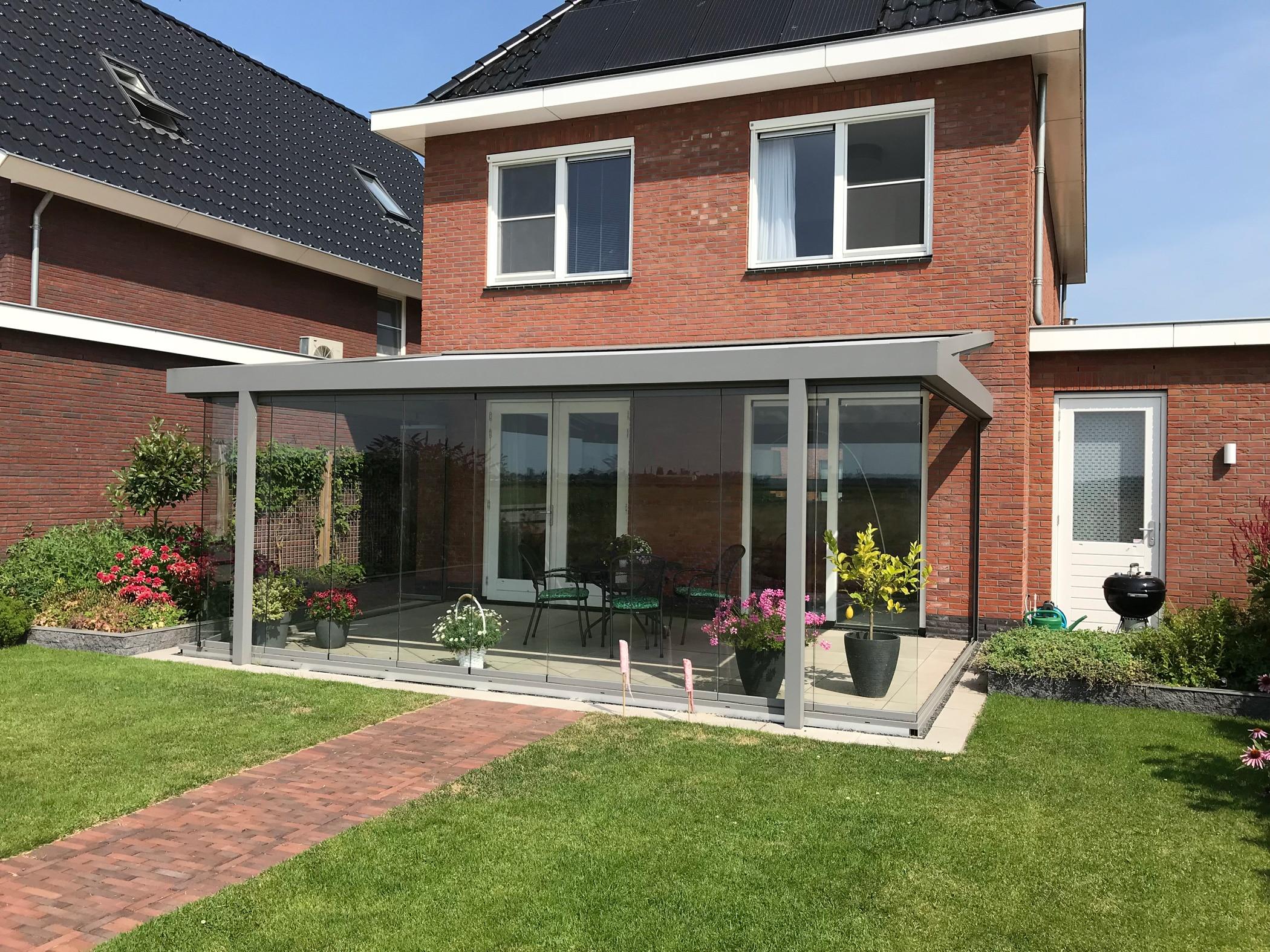 Schiebe-Dreh-Elemente für Wintergarten Anbau auf Terrasse