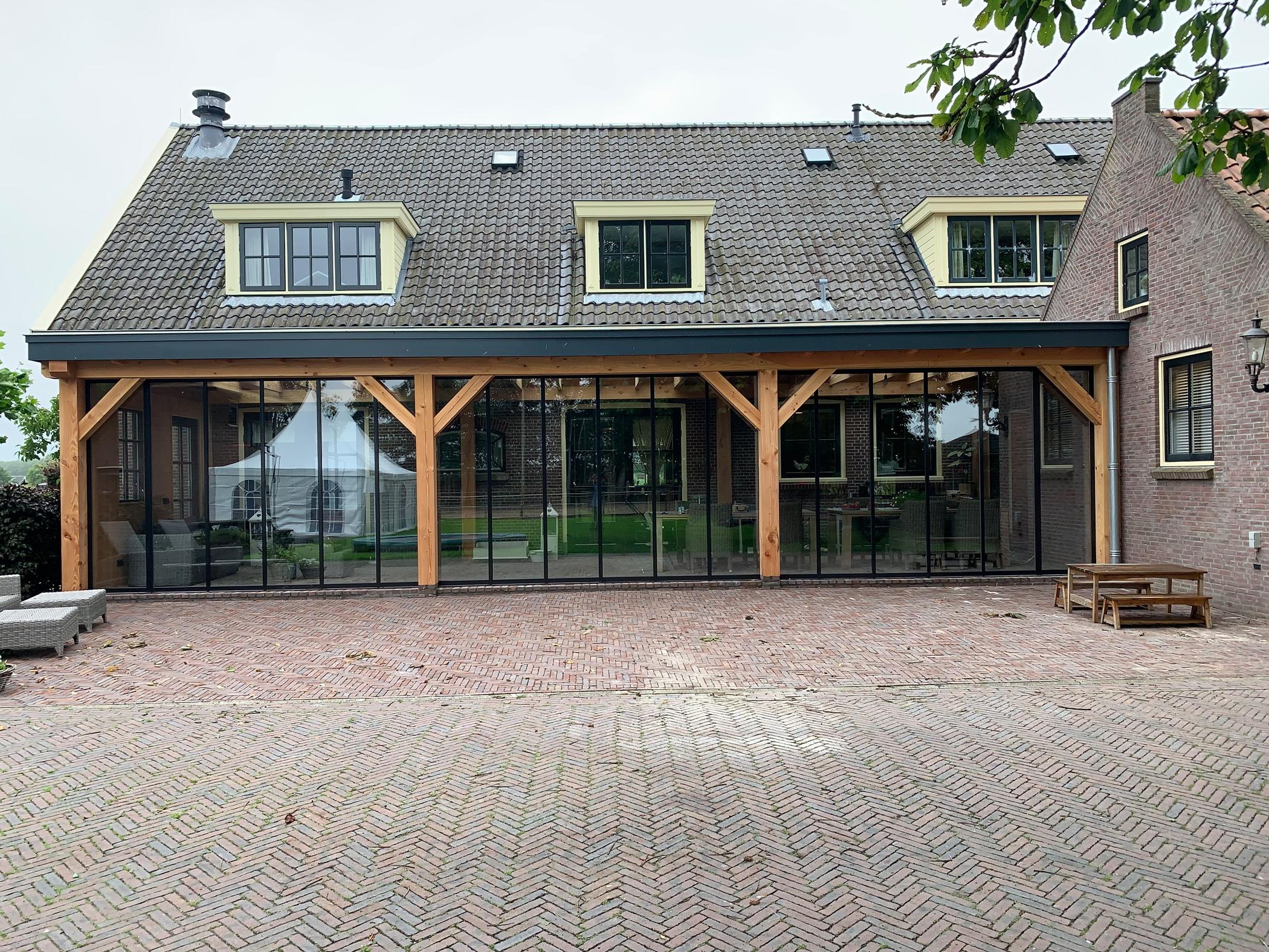 Schiebe Dreh Systeme passgenau Lösungen für Terrassenverglasungen