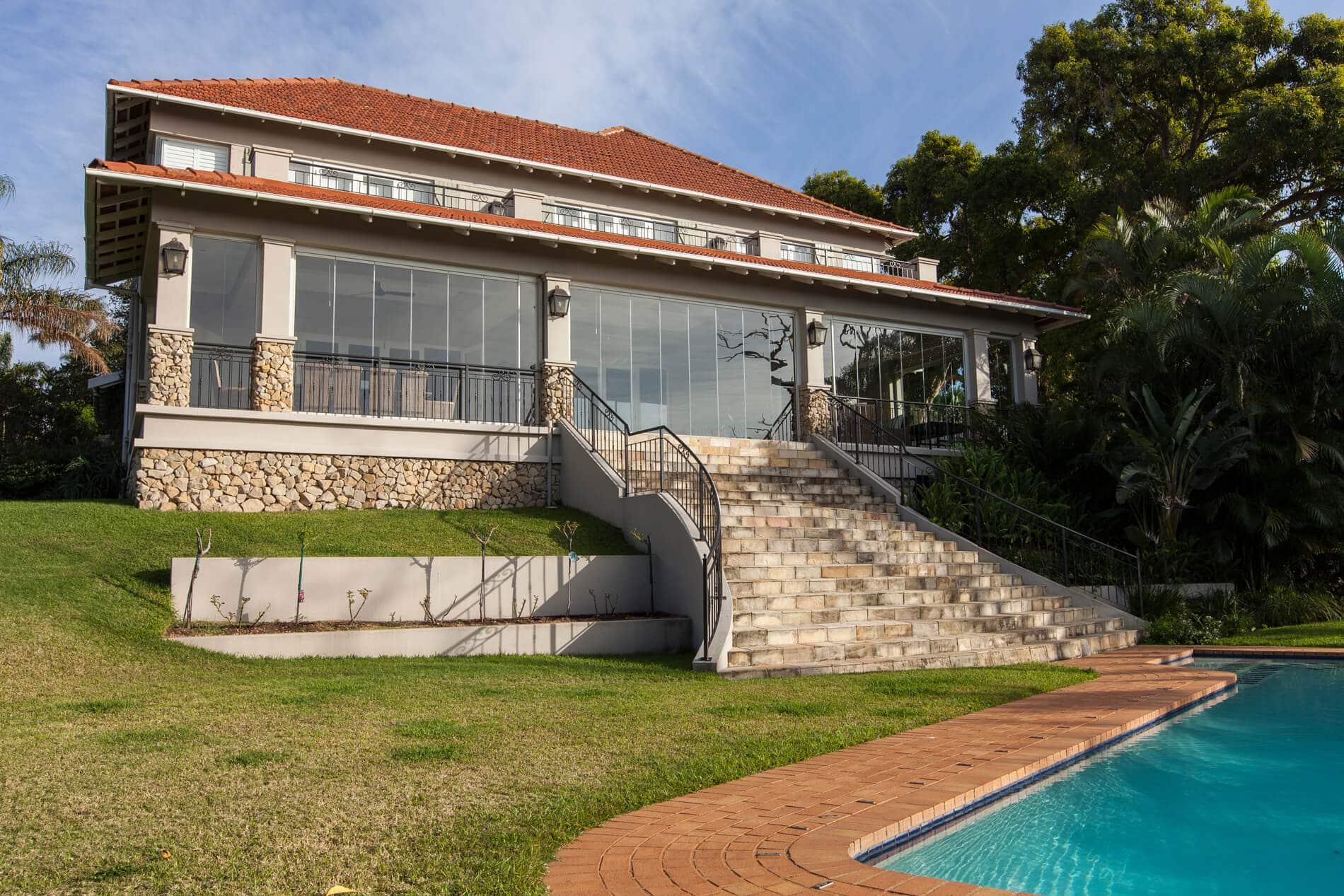 Schiebe-Dreh-Türen für Verglasung der Terrasse