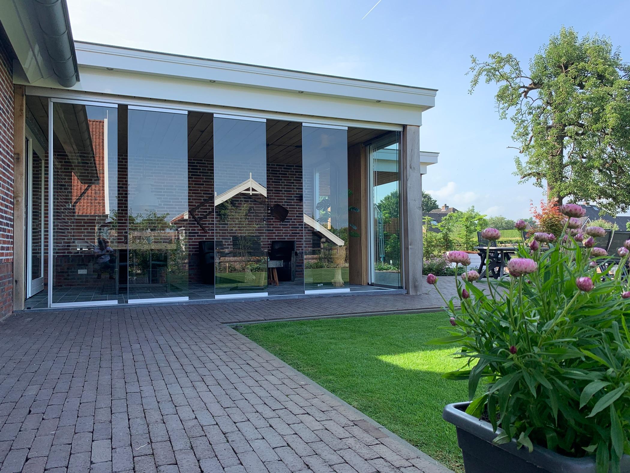 Schiebe Drehtüren Glas Terrasse ohne Flügelrahmen