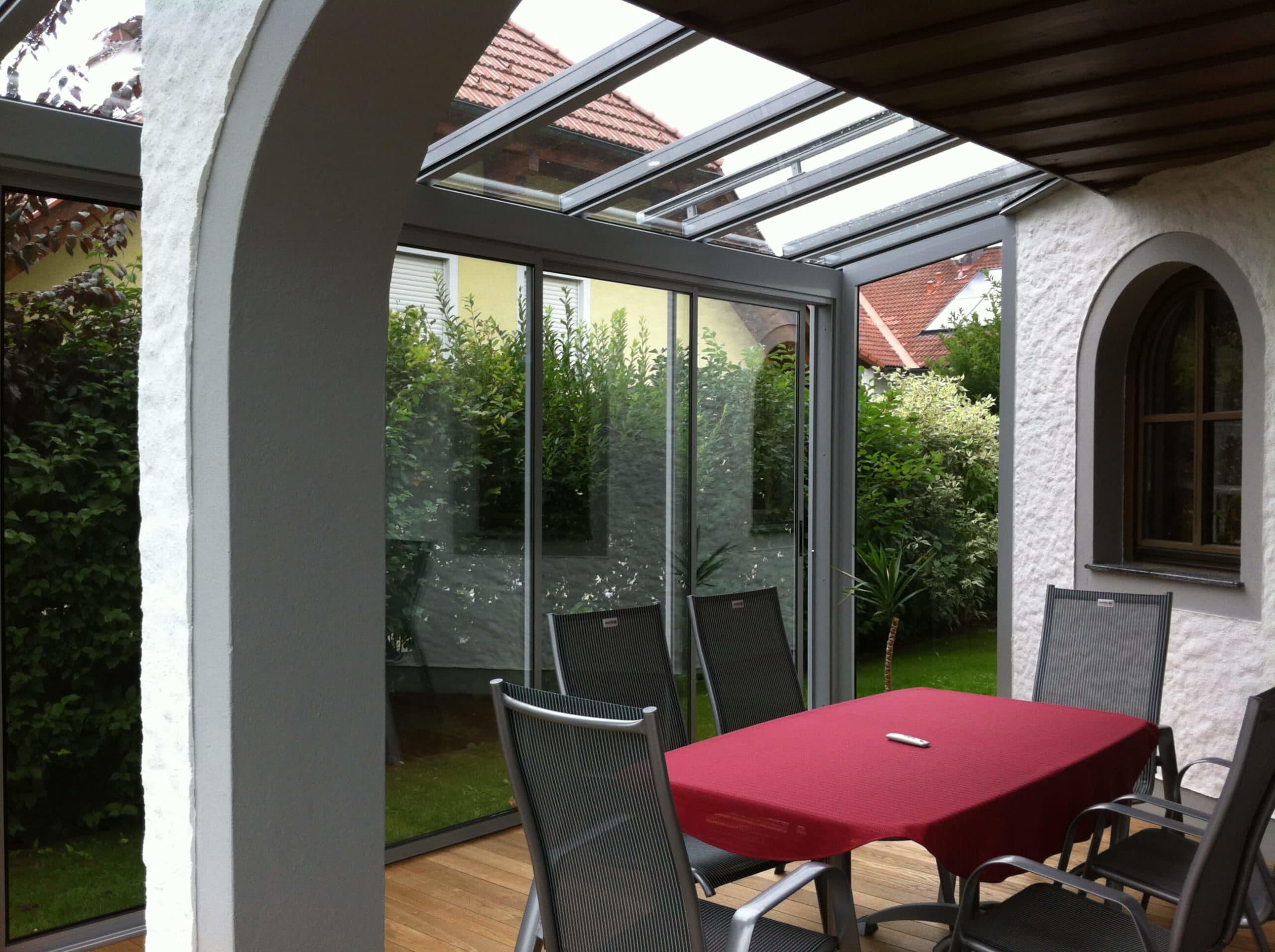 balkonverglasung sunflex sf 35 f r ein sch neres zuhause. Black Bedroom Furniture Sets. Home Design Ideas