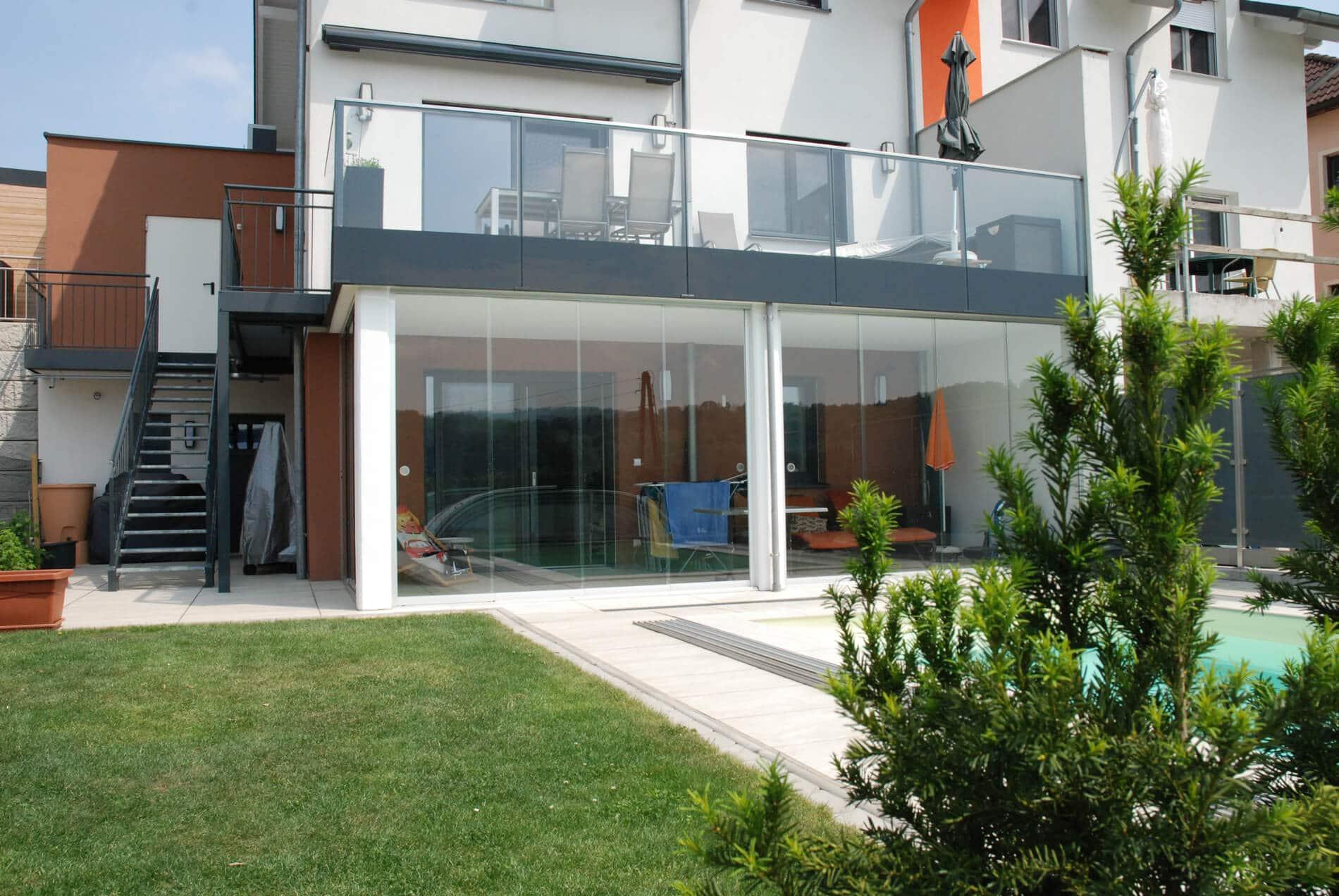 Schiebeelemente für Terrasse und Balkon