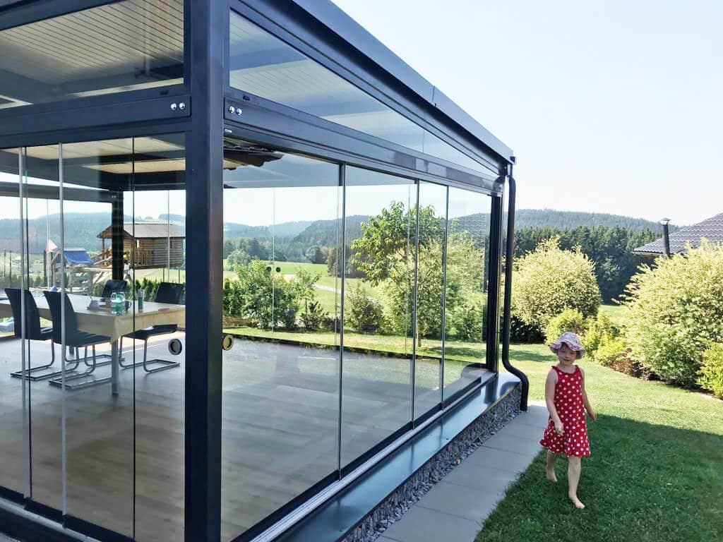 Schiebesysteme für Terrassenverglasung