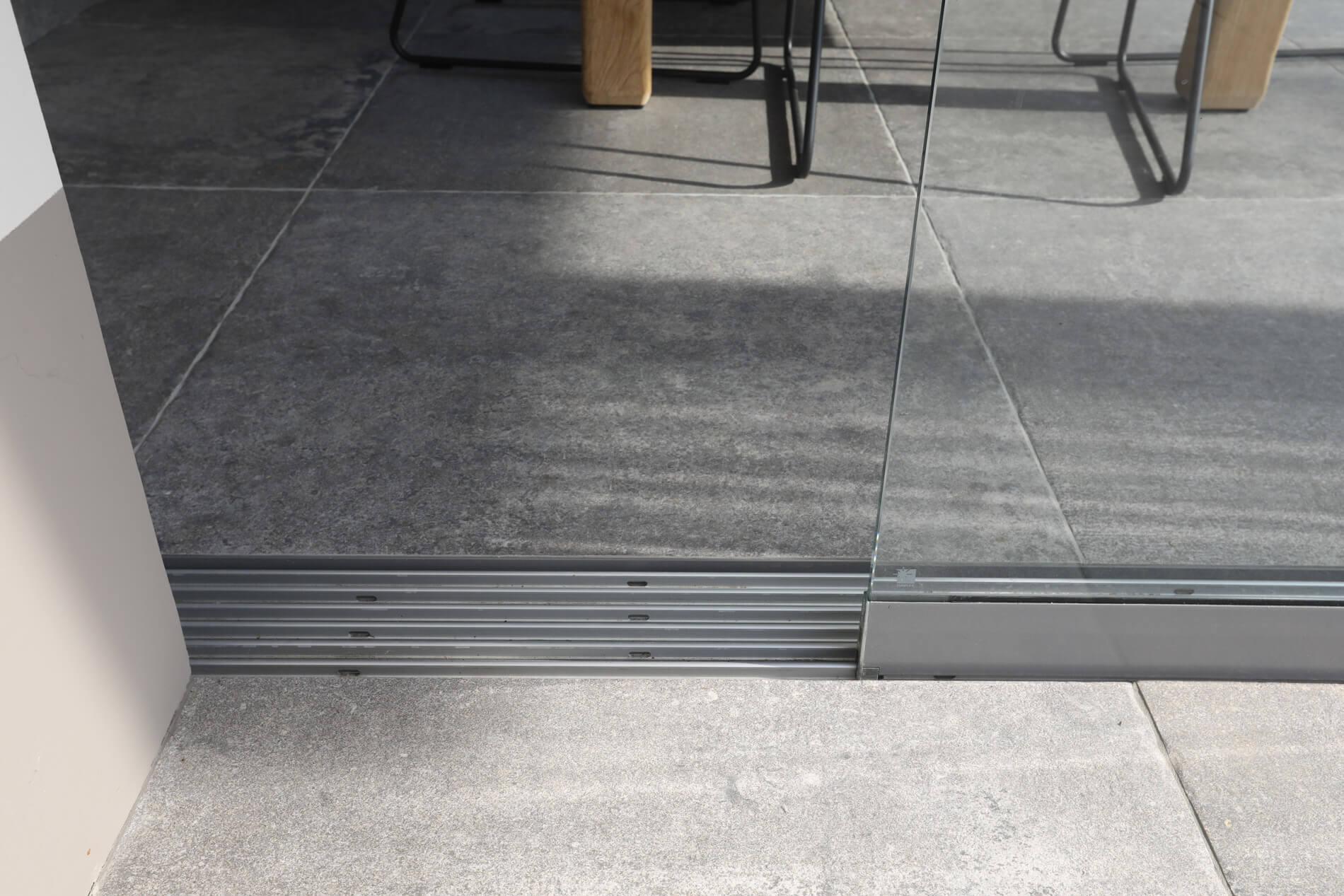 Schiebetüren Glas barrierefrei außen