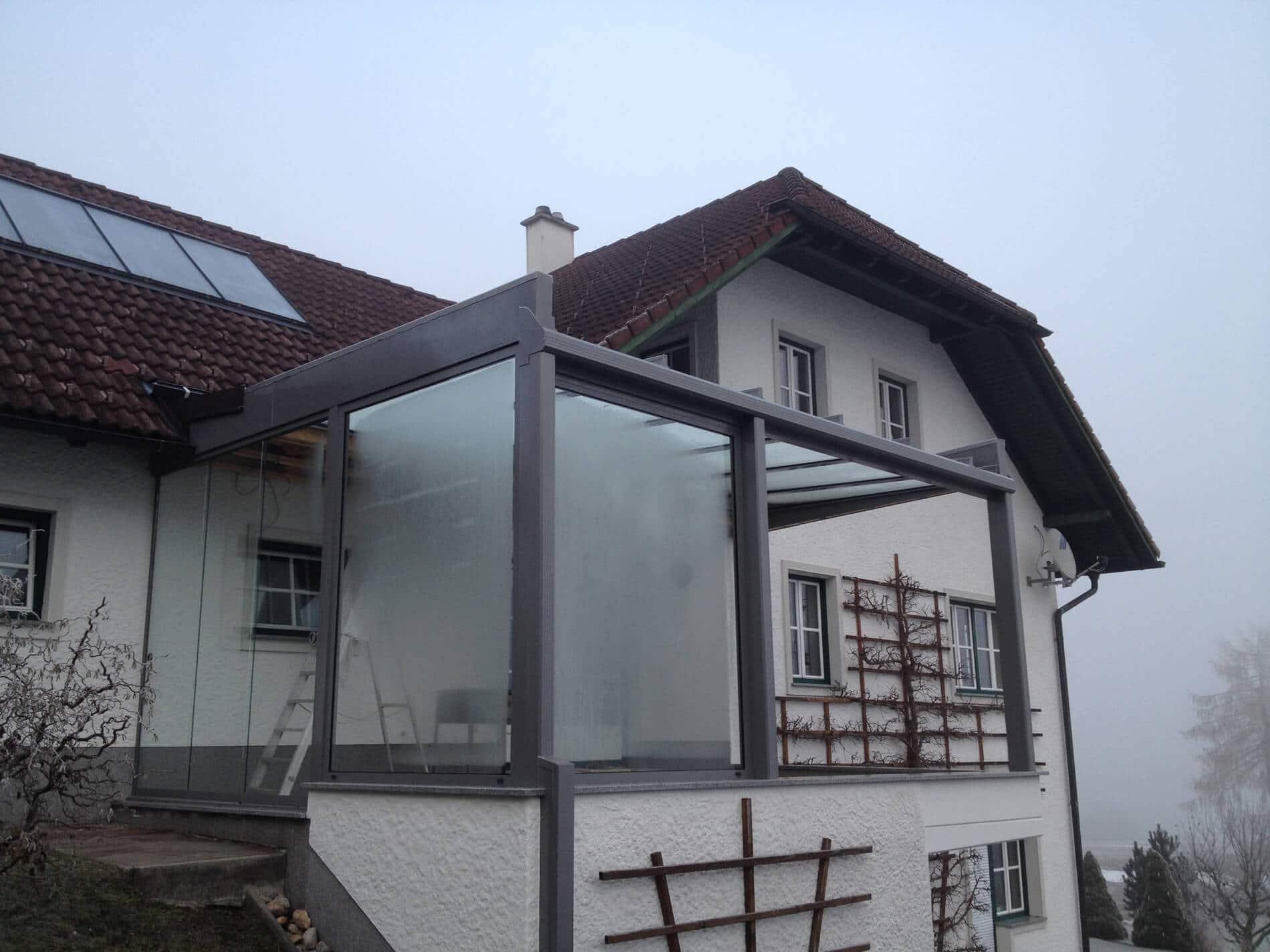 Schmidinger Sommergarten Anbau mit Flachdach und moderner Optik
