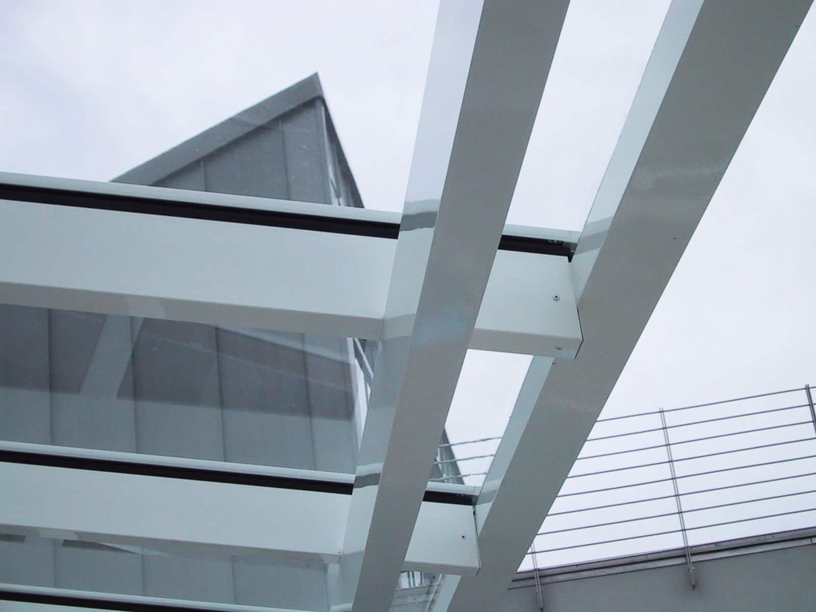 Schmidinger Terrassendach mit Glas weiß