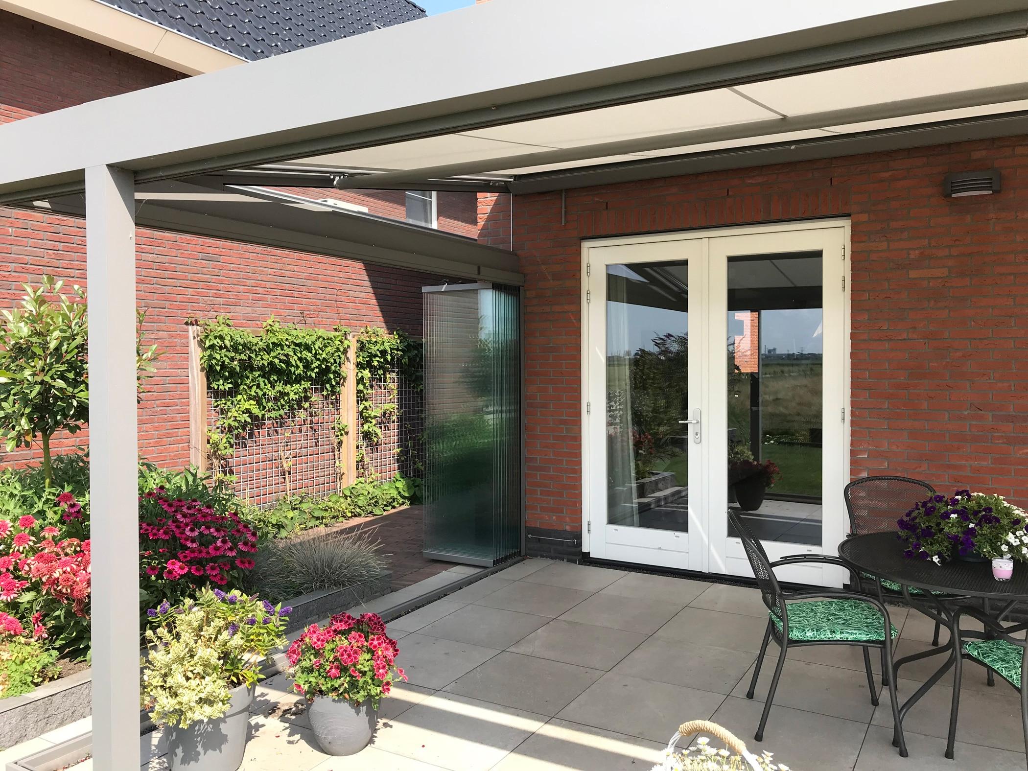 Sommergarten für Einfamilienhaus - Schiebe-Klapp-Türen