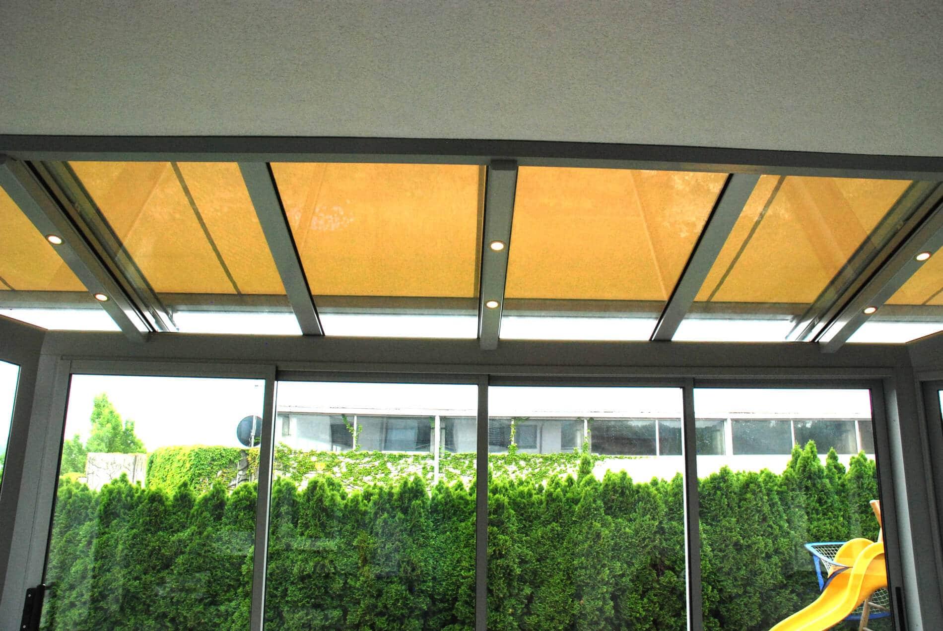 Sommergarten mit integrierter LED-Beleuchtung