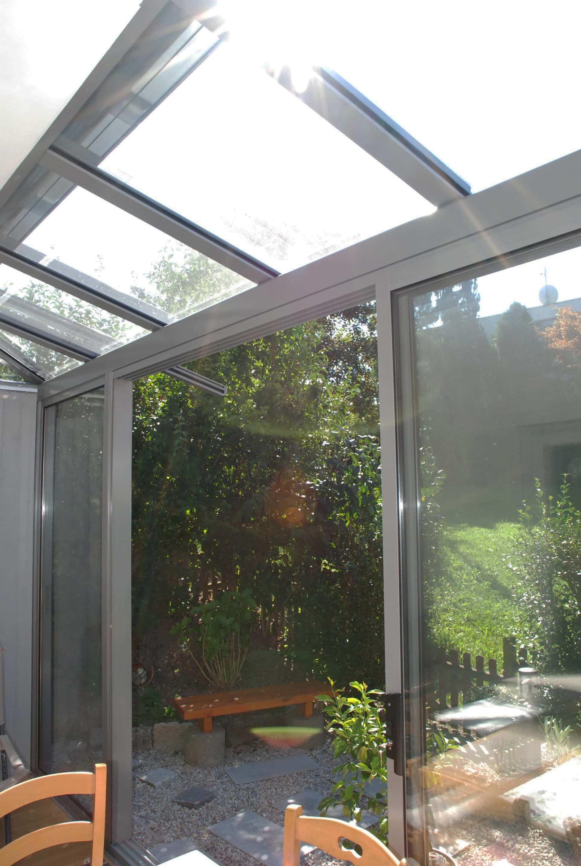 Sommergarten Terrassenüberdachung Glas grau