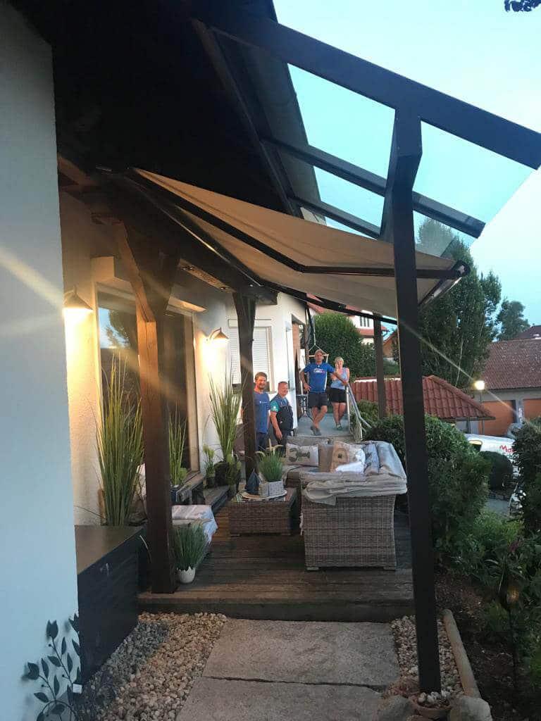 Sonnenschutz unter Glasdach
