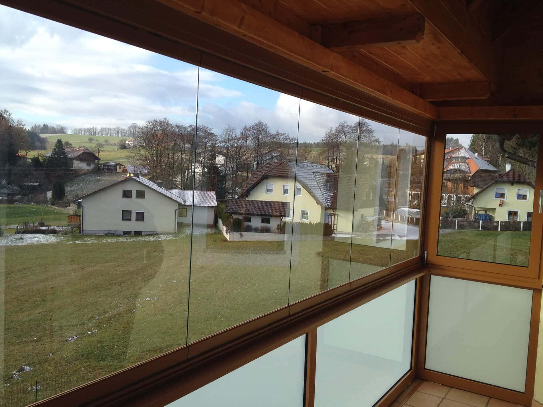 Sunflex SF 25 Glasfaltanlage für Balkonverglasung