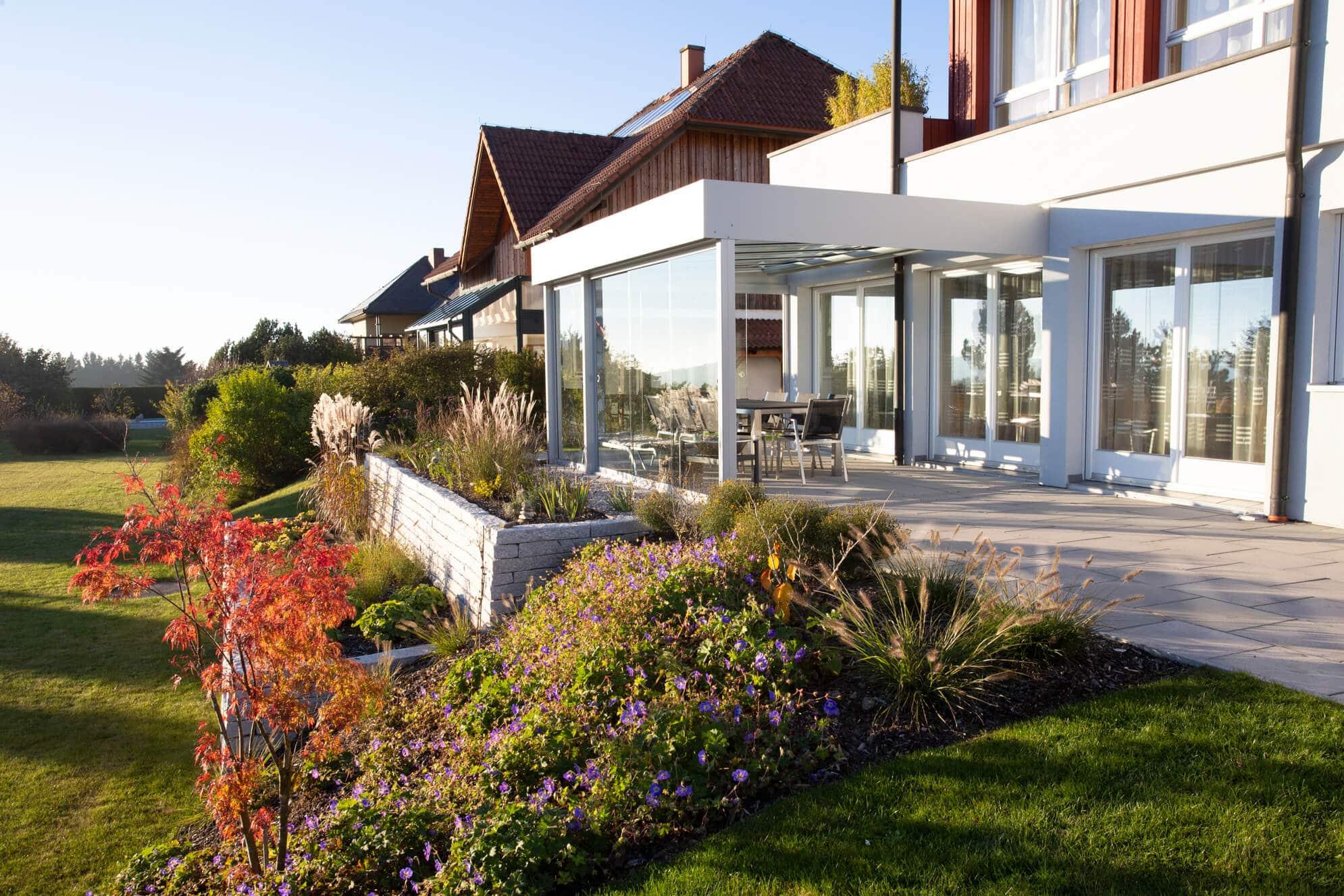 Terrasse mit Schiebetüren verglasen