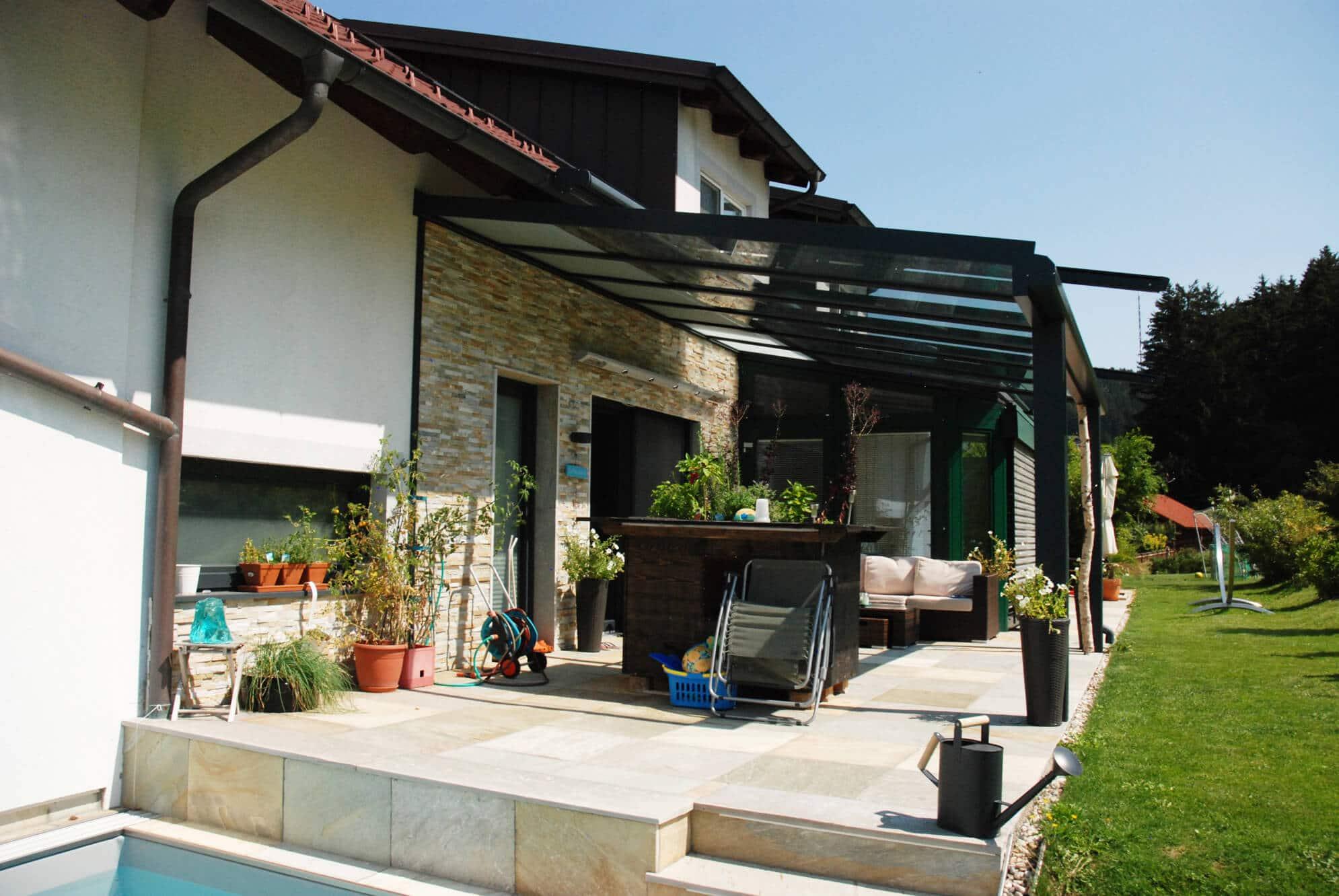 Terrassen Glasdach Beschattung außen