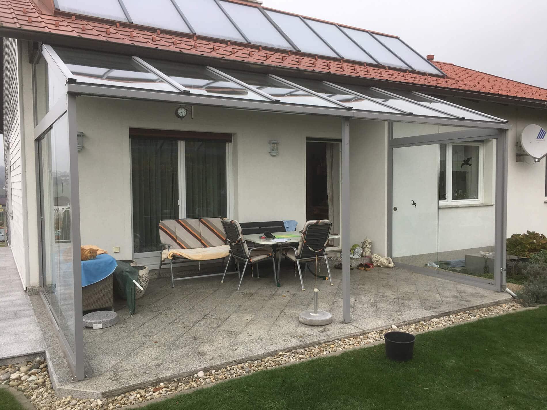 Terrassen Glasdach mit Schiebetüren zur Seite